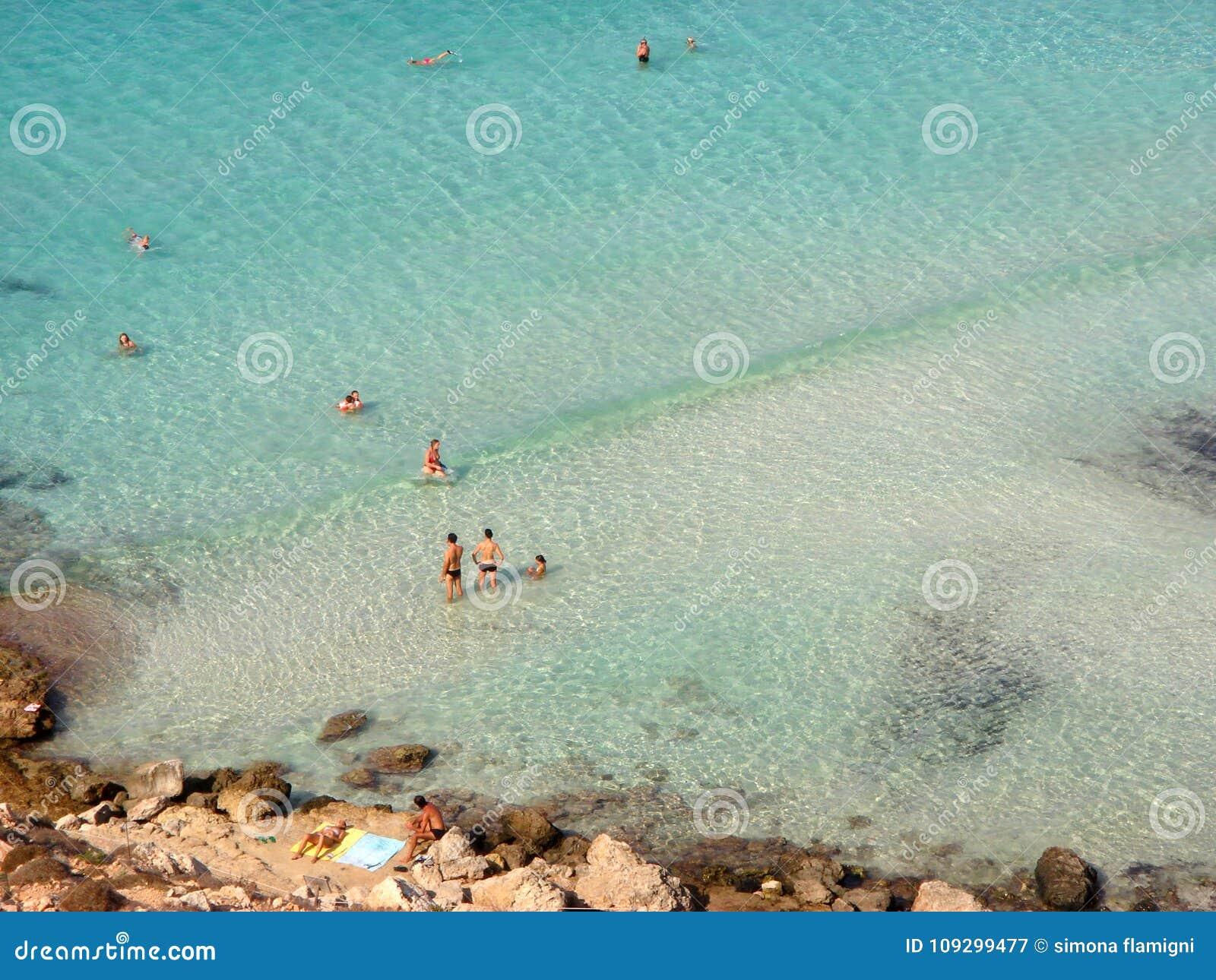 Άποψη της παραλίας κουνελιών
