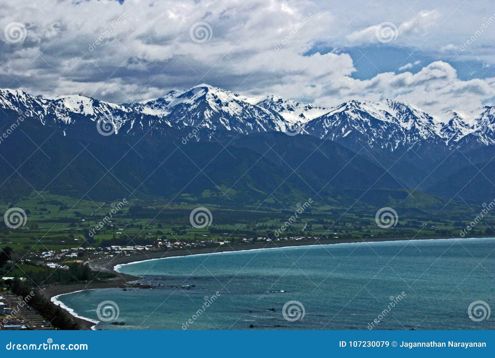 Άποψη της σειράς Kaikoura από την άποψη Kean σημείου, νότιο νησί, Νέα Ζηλανδία