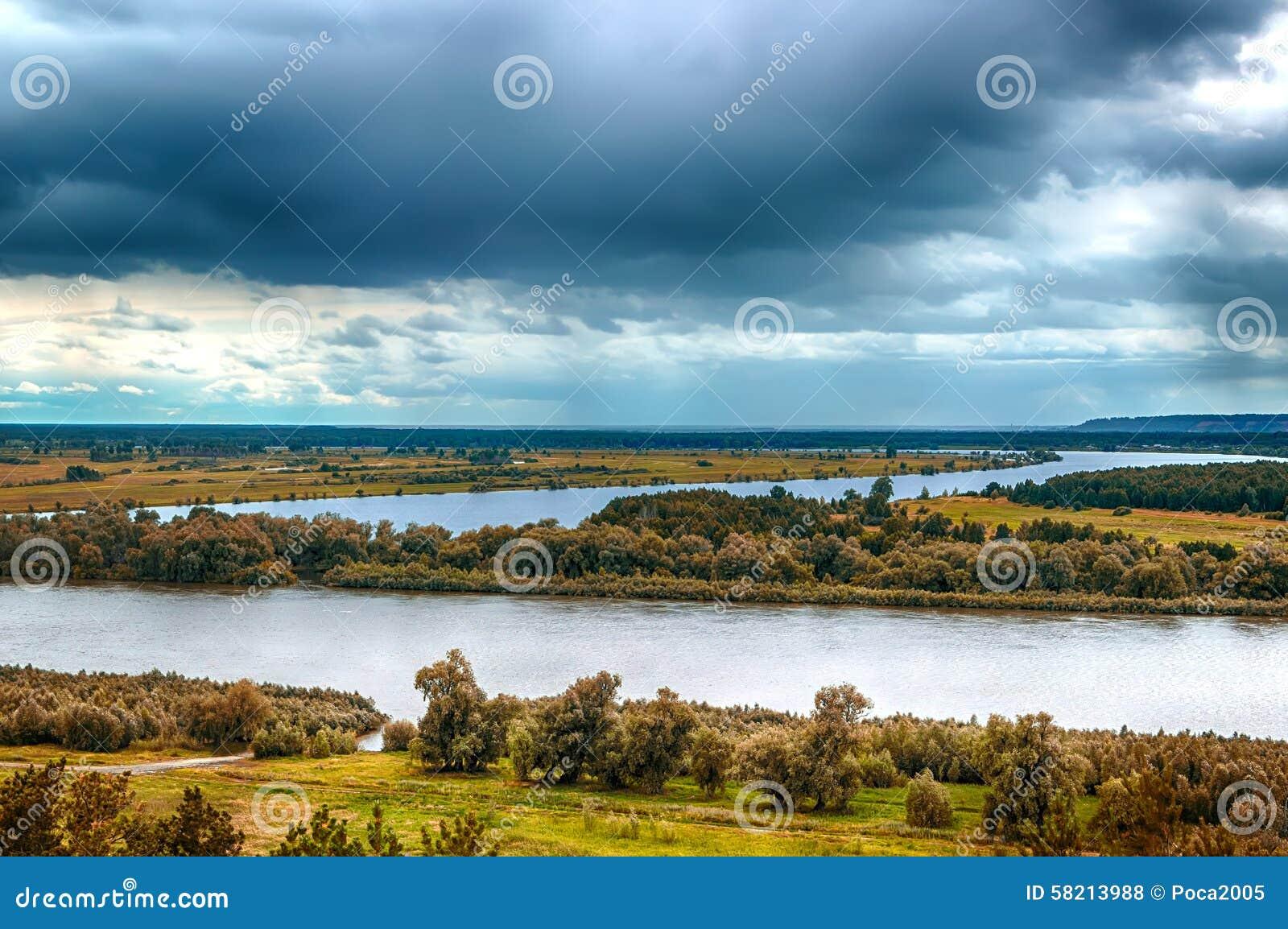 Άποψη τοπίων ποταμών Irtysh από τη τοπ Ρωσία Σιβηρία