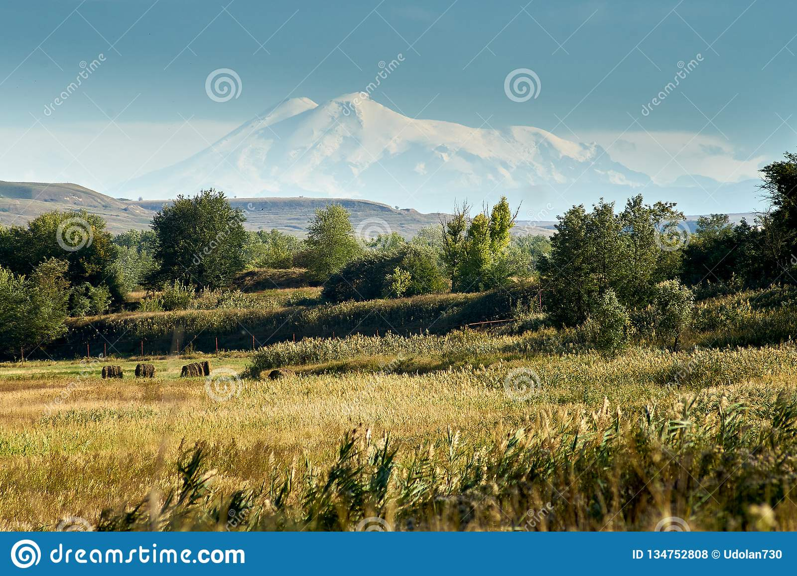 Άποψη του υποστηρίγματος Elbrus