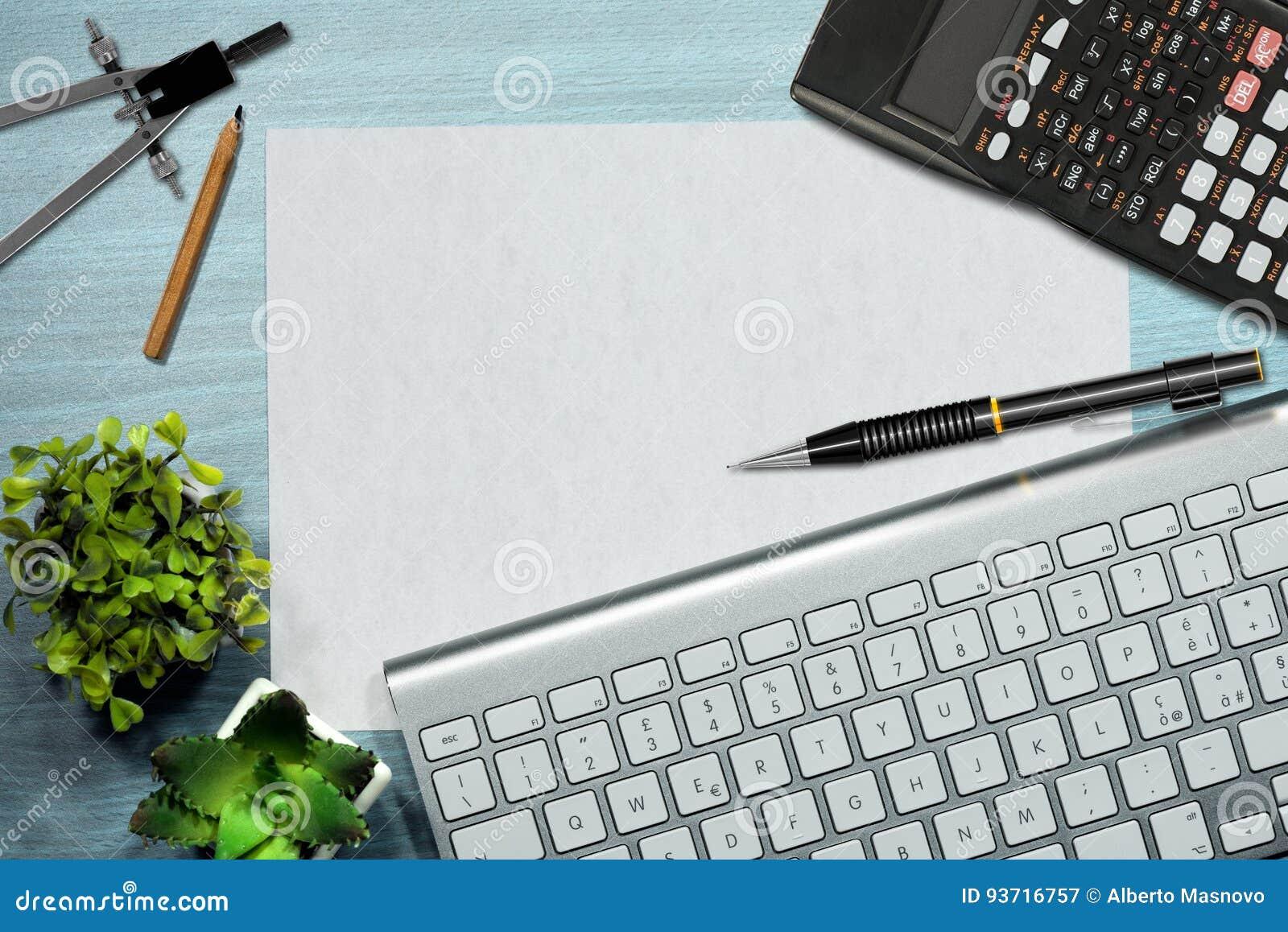 Άποψη υπολογιστών γραφείου γραφείων - φύλλο του εγγράφου