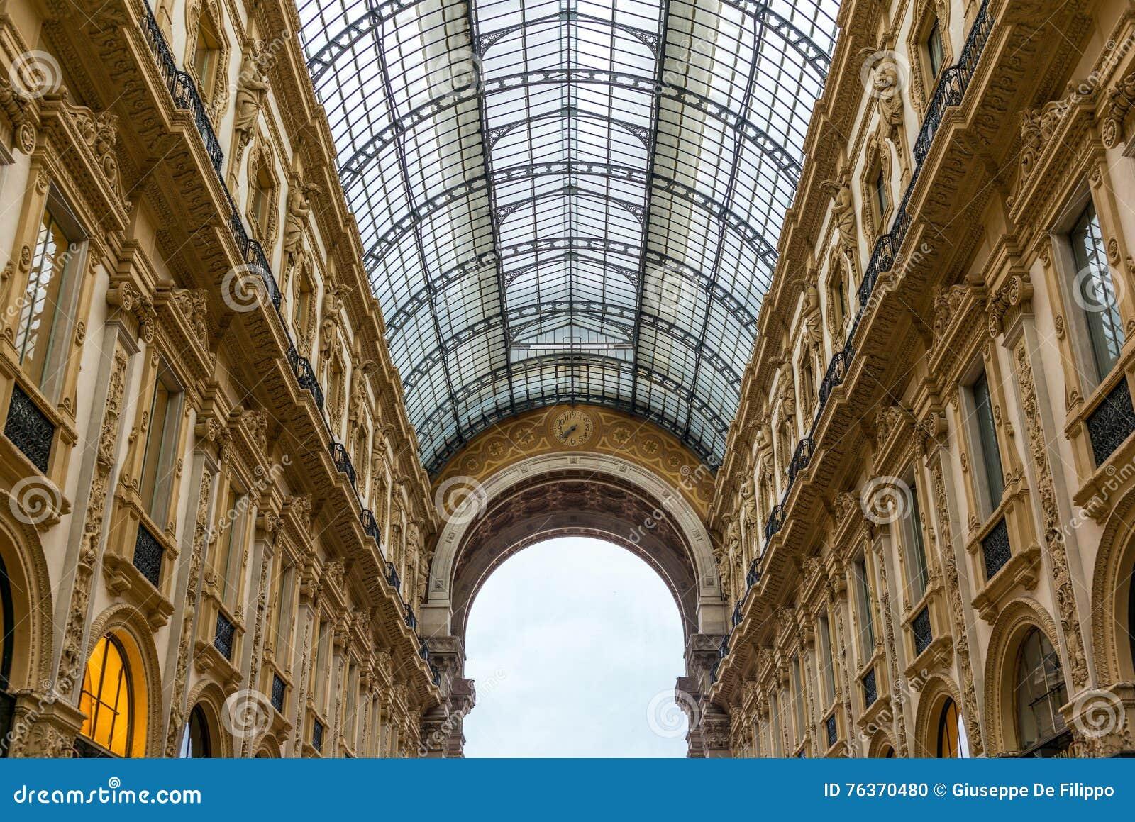 Άποψη Galleria Vittorio Emanuele στο Μιλάνο - 4