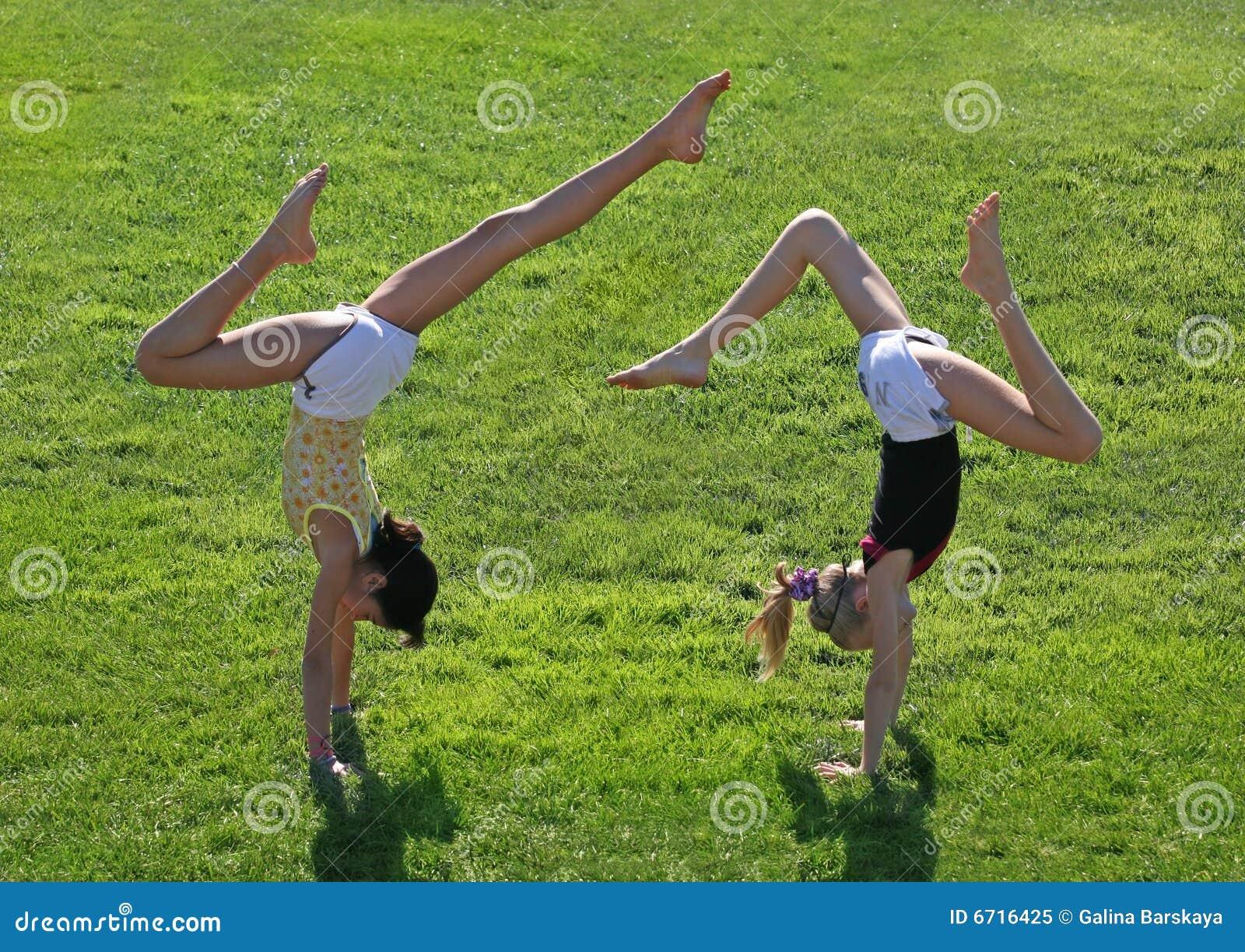 άσκηση των κοριτσιών δύο