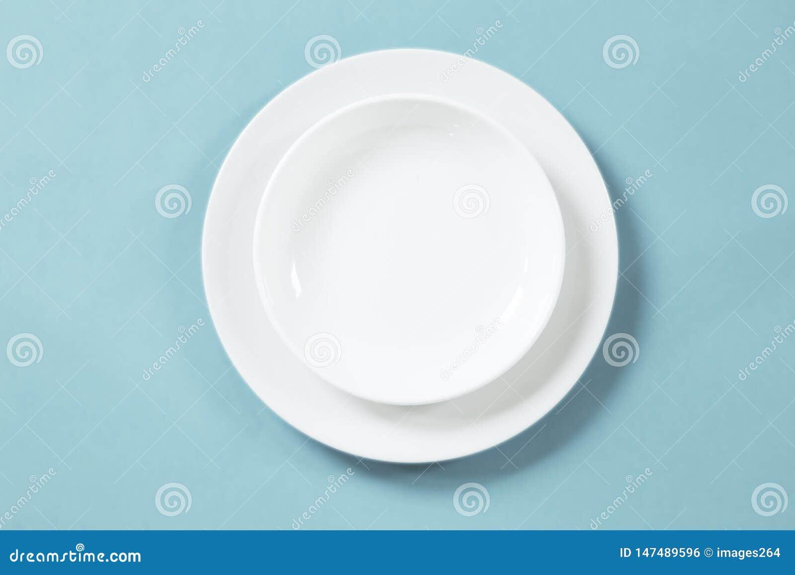 Άσπρα πιάτα