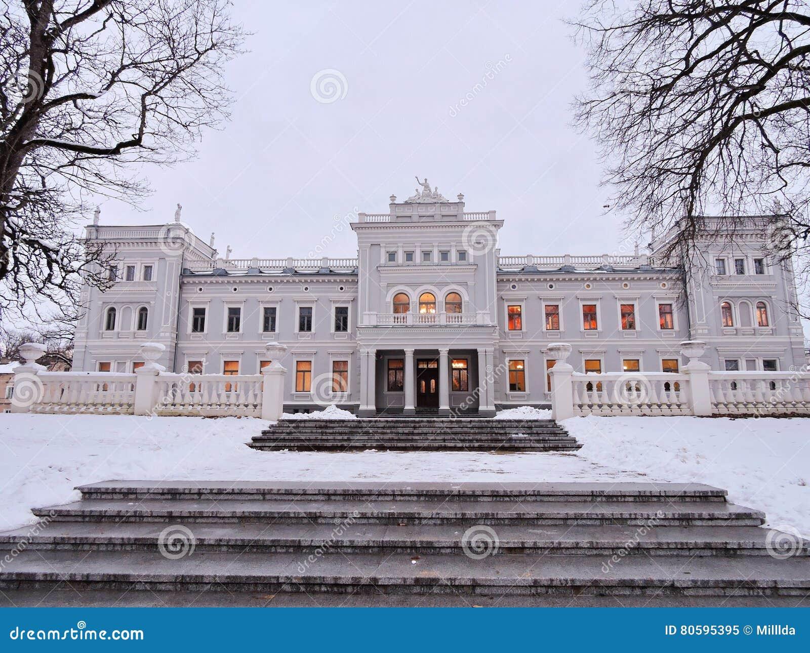 Άσπρο παλάτι, Λιθουανία