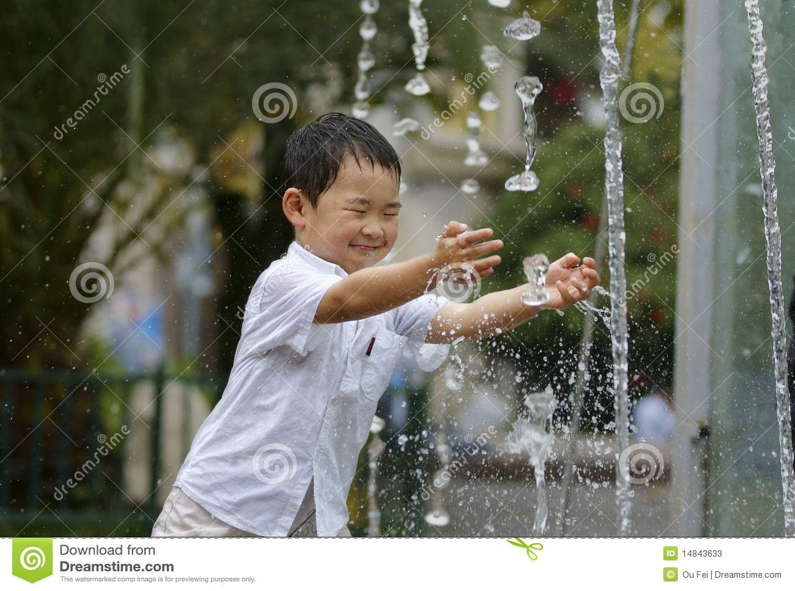 άτακτο ύδωρ παιχνιδιού αγ&omi