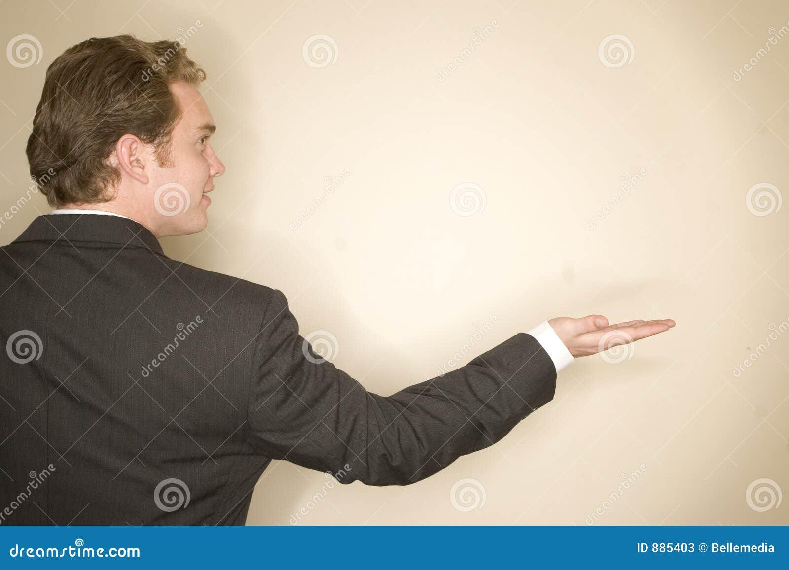 άτομο επιχειρησιακών χεριών έξω