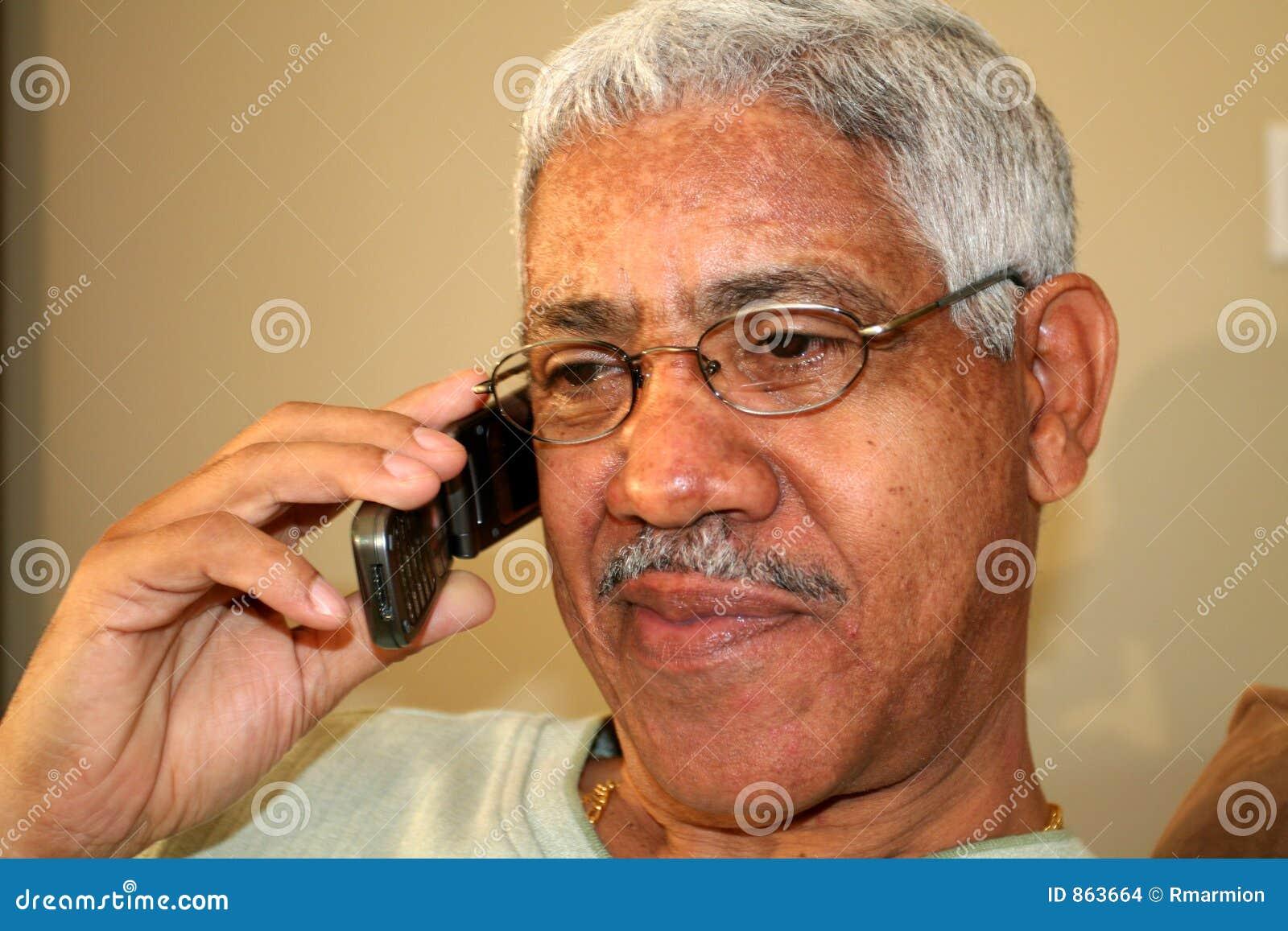 άτομο κινητών τηλεφώνων