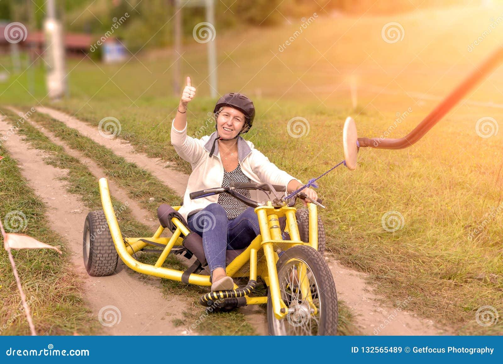 Έλξη που οδηγά στα τρίκυκλα