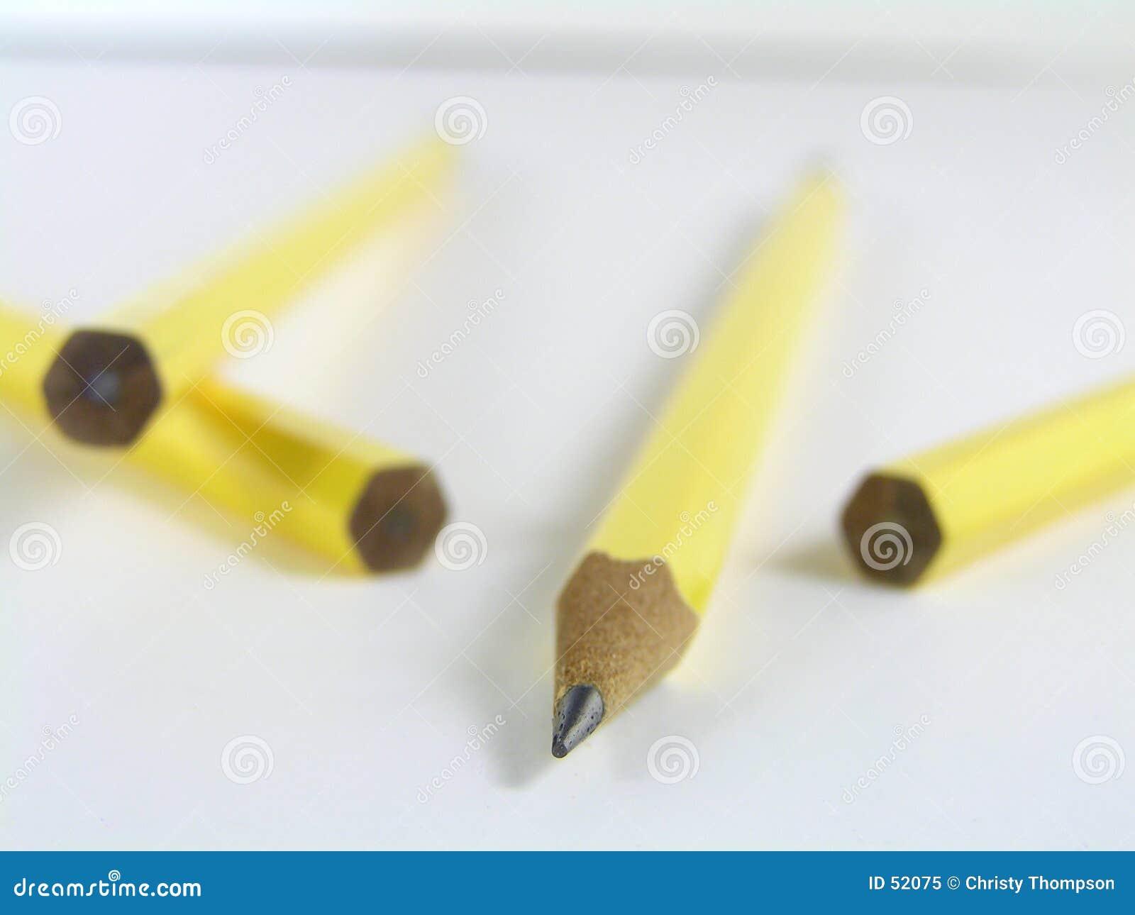 ένα μολύβι αιχμηρό