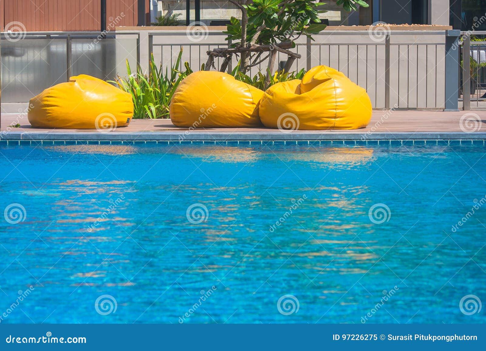 εικόνα του φίλτρου πισίνας όνομα οθόνης για dating ιστοσελίδα