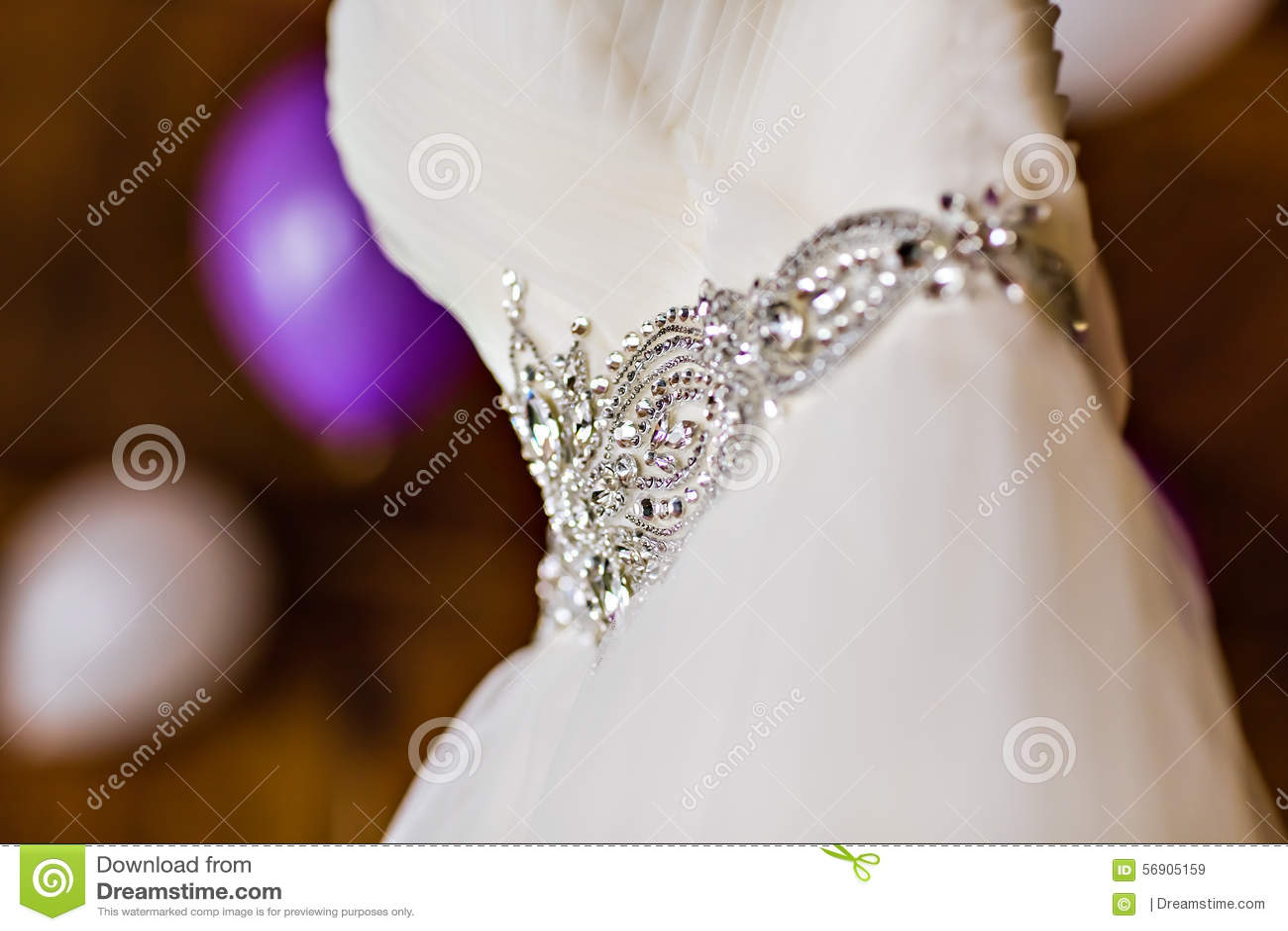 Ένωση γαμήλιων φορεμάτων