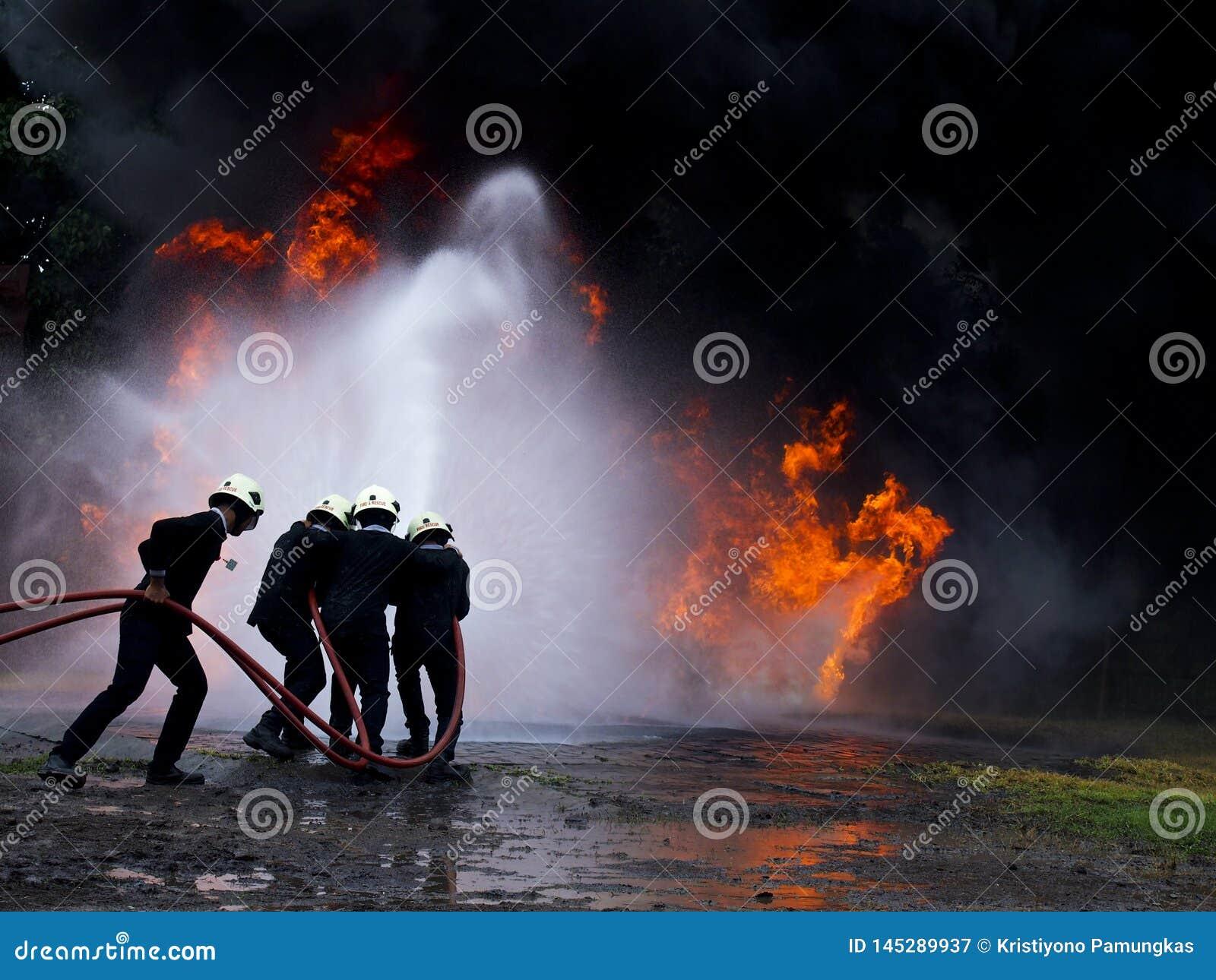 Έξοχος πυροσβέστης