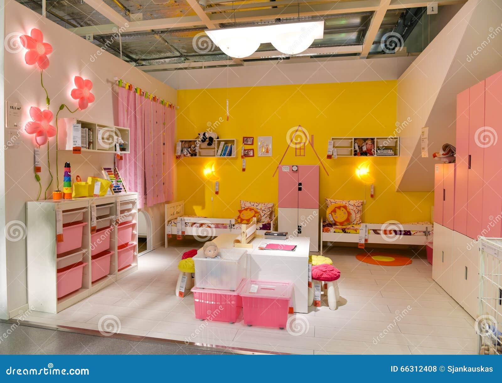 dedd193b07f Έπιπλα δωματίων παιδιών στη Ikea Εκδοτική Στοκ Εικόνες - εικόνα από ...