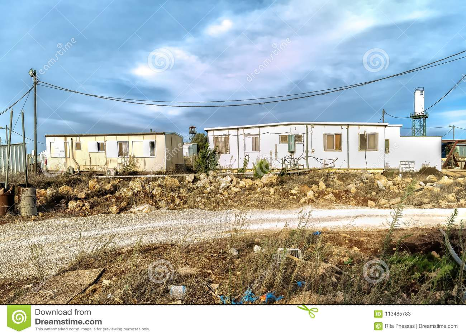 Έρημος του Ισραήλ Judea στις 24 Οκτωβρίου 2015 Οι εβραϊκοί άποικοι δημιουργούν παράνομα μια νέα ύπαρξη στην έρημο της ερήμου jude
