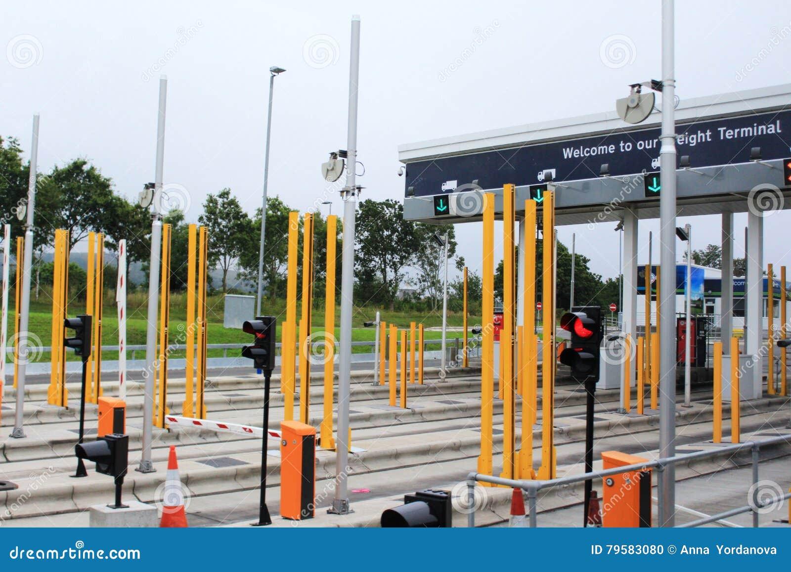 Έλεγχος υπηρεσιών της Eurotunnel στο θάλαμο