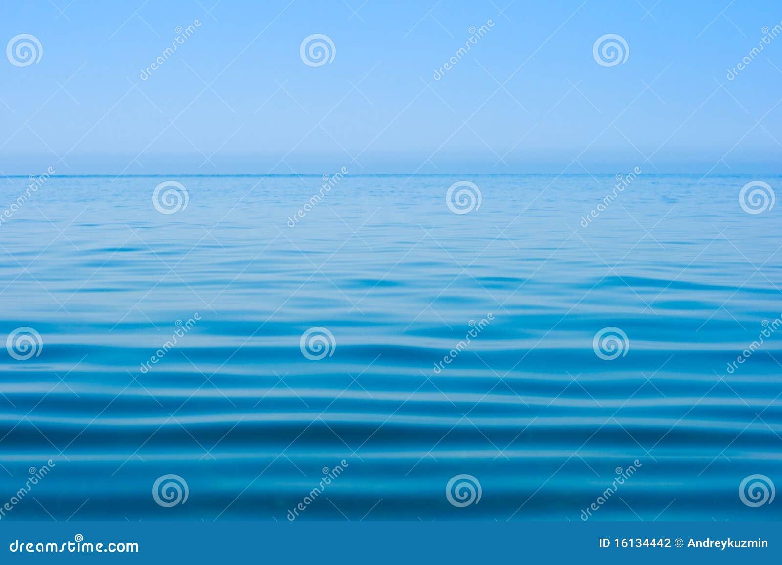 ήρεμο ύδωρ επιφάνειας θάλ&alp