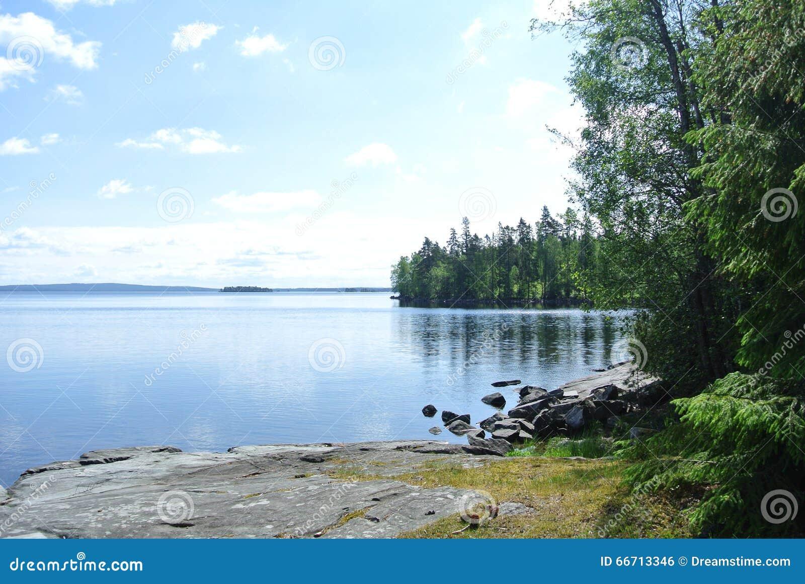 λίμνη σιωπηλή