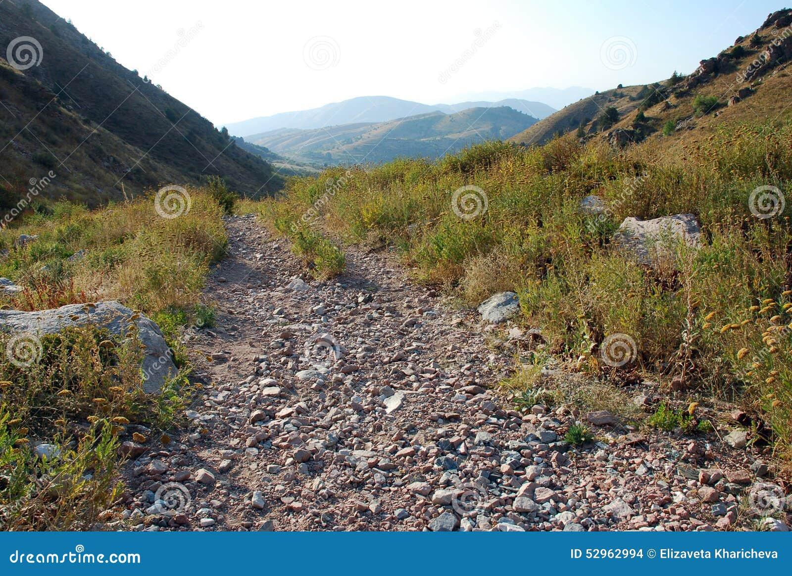 Ίχνος βουνών στη δυτική Τιέν Σαν
