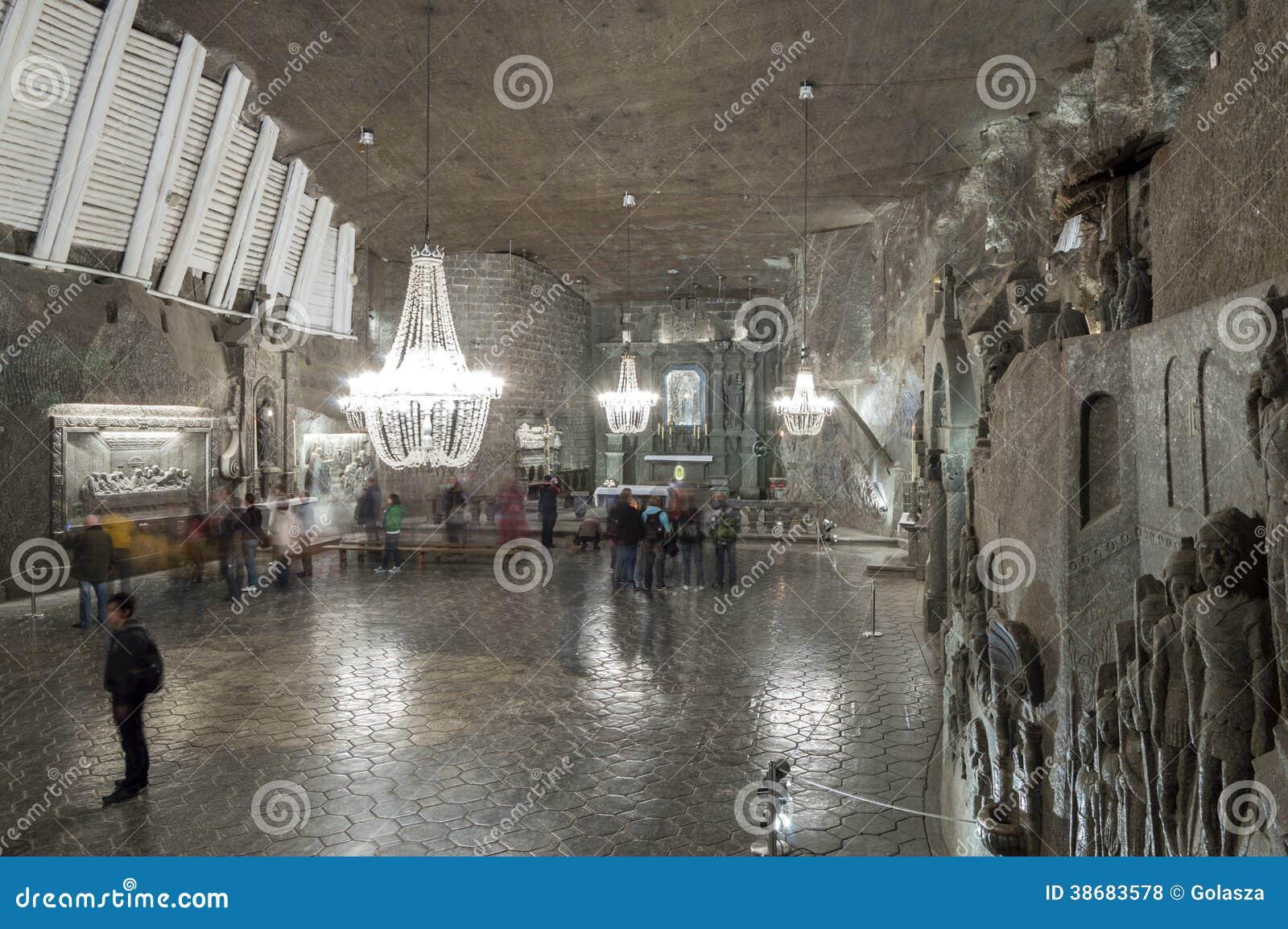 Αίθουσα στο αλατισμένο ορυχείο σε Wieliczka, Πολωνία