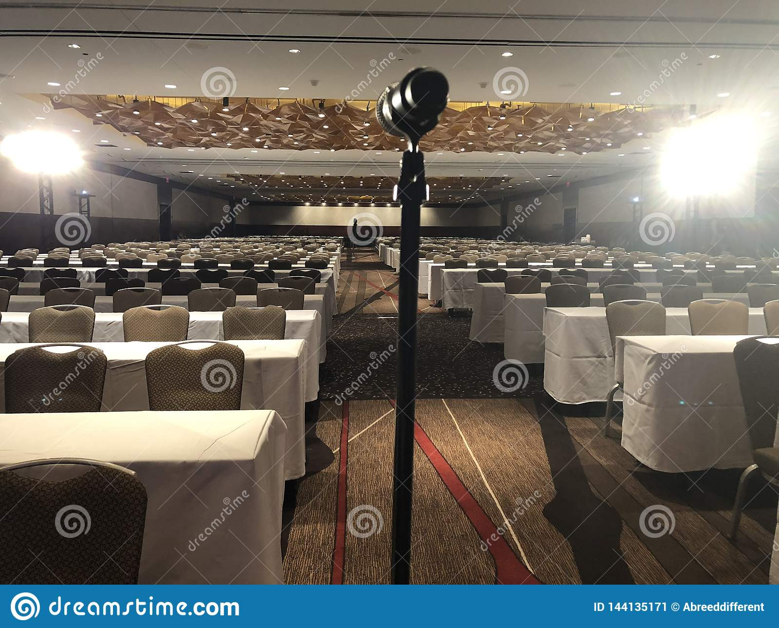 Αίθουσα συνεδριάσεων για το μεγάλη γεγονός ή τη διάσκεψη