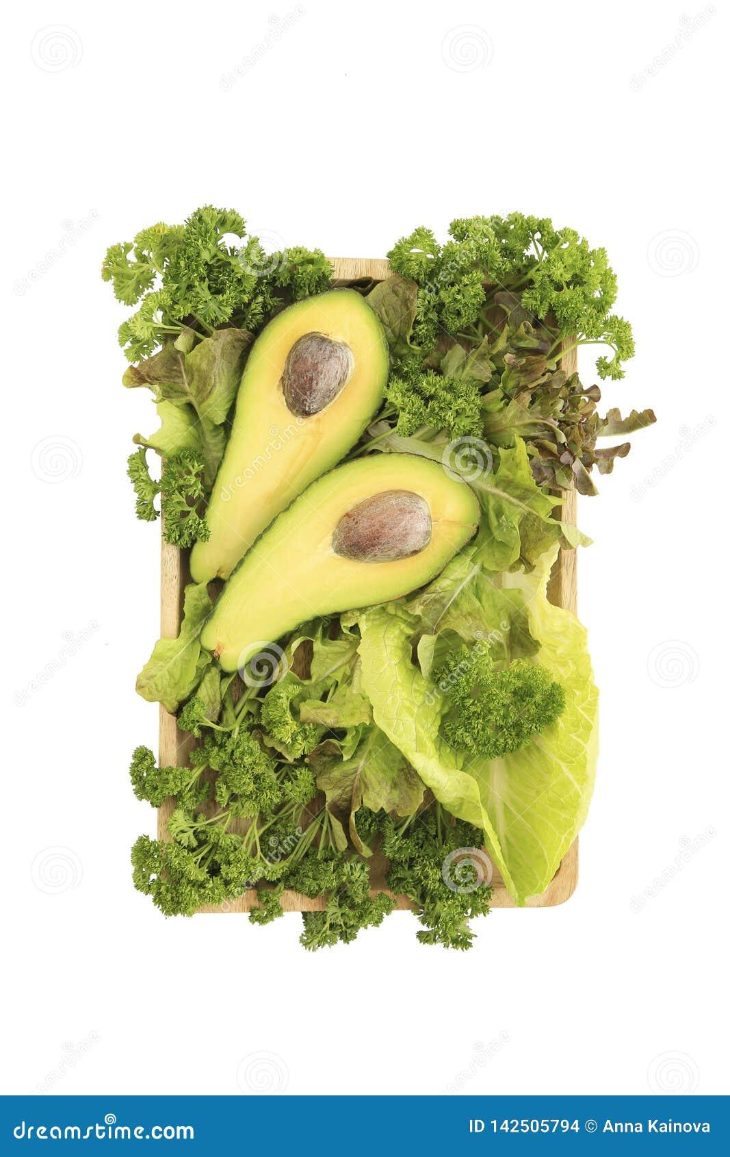 Αβοκάντο και μίγμα της πράσινης σαλάτας