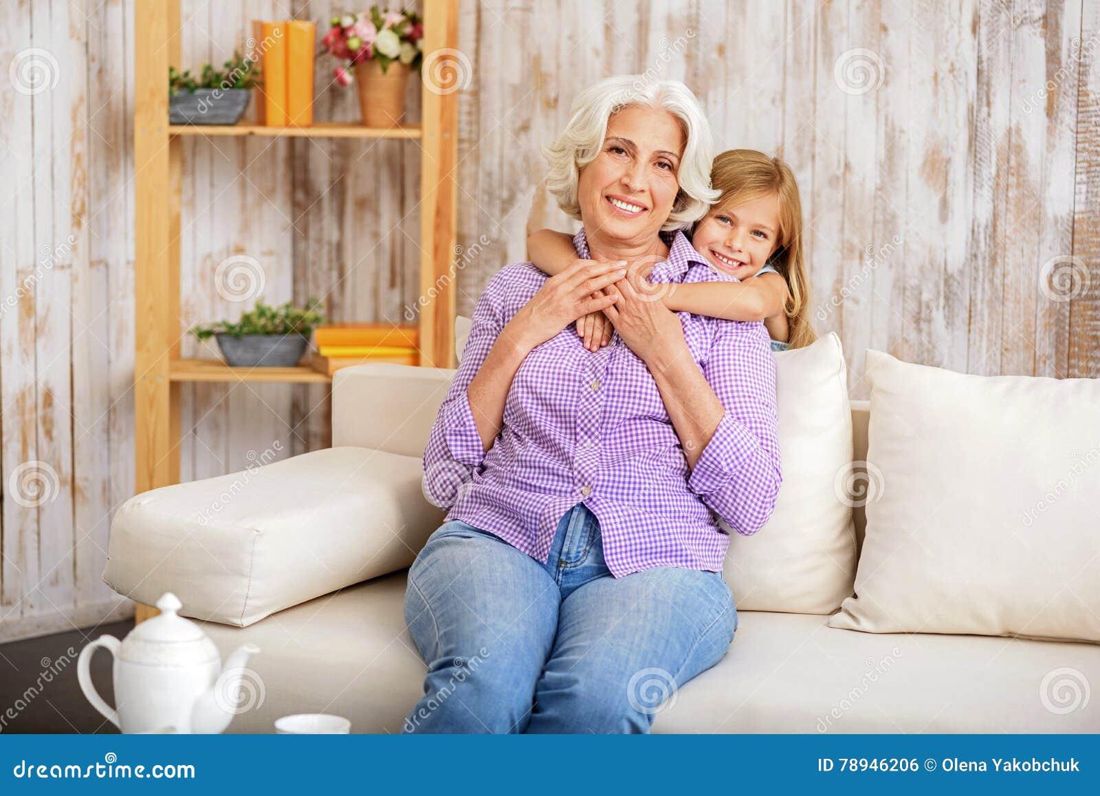 Αγαπώ τη γιαγιά μου