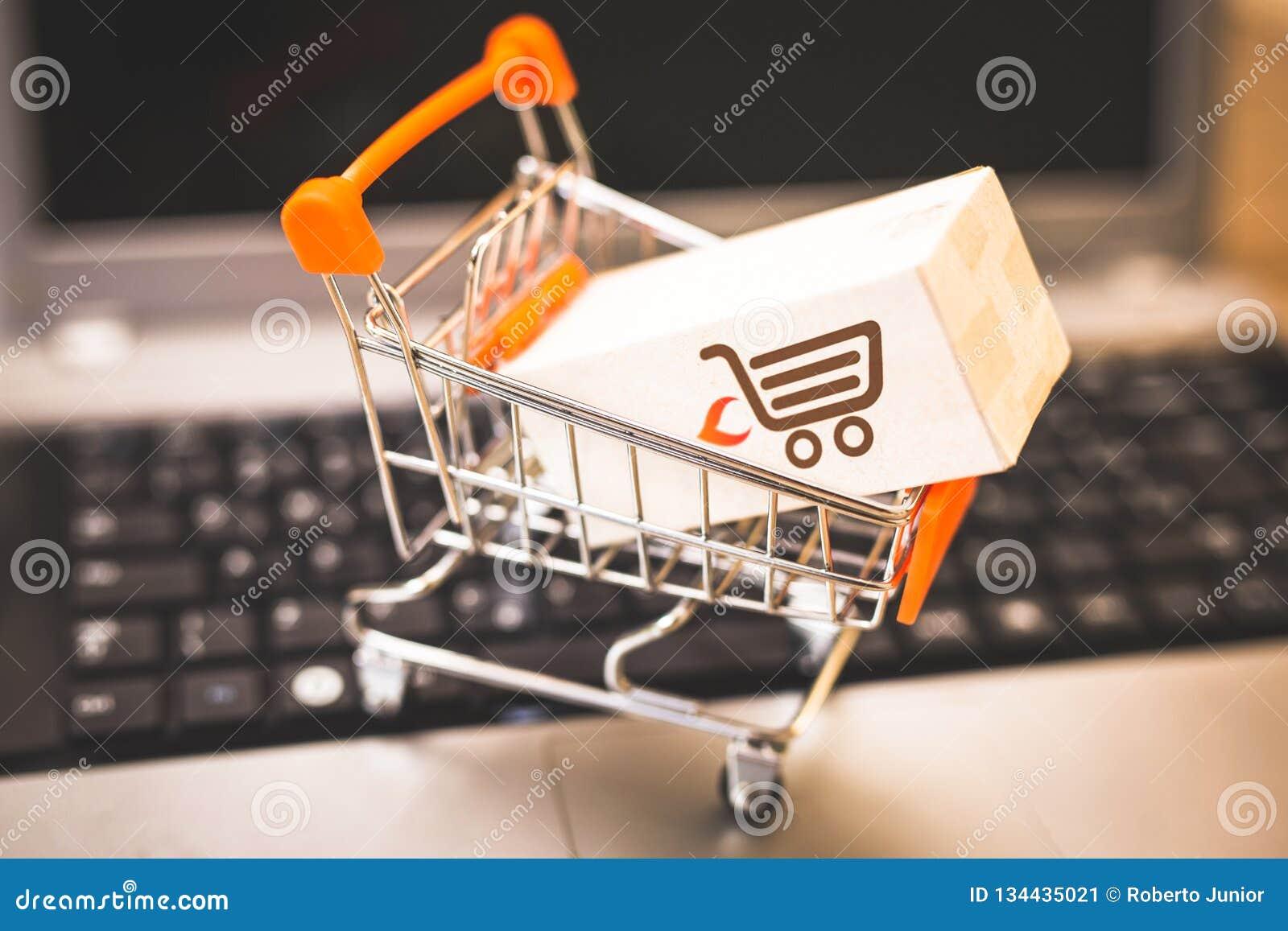 Αγοράζοντας και πωλώντας on-line, ιδέα για το ψηφιακό εμπόριο