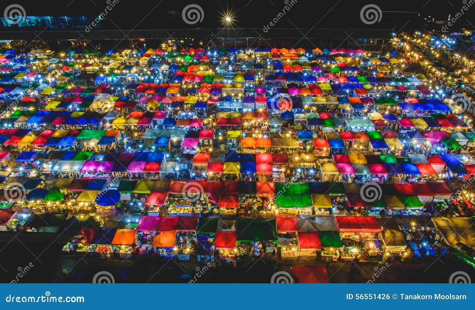 Download Αγορά νύχτας εκδοτική εικόνες. εικόνα από νύχτα, ζωηρόχρωμος - 56551426
