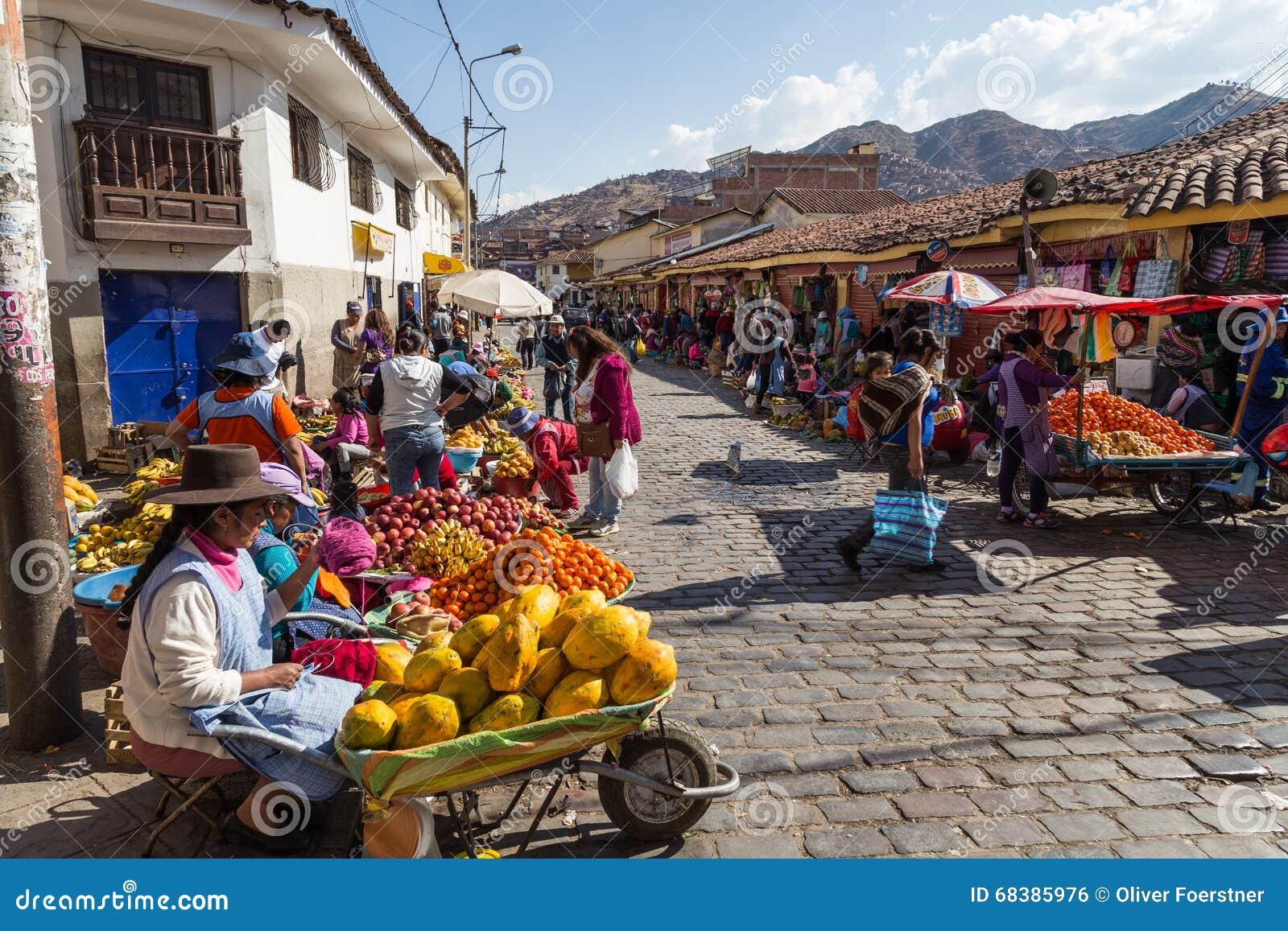 Αγορά φρούτων στα steets Cusco, Περού