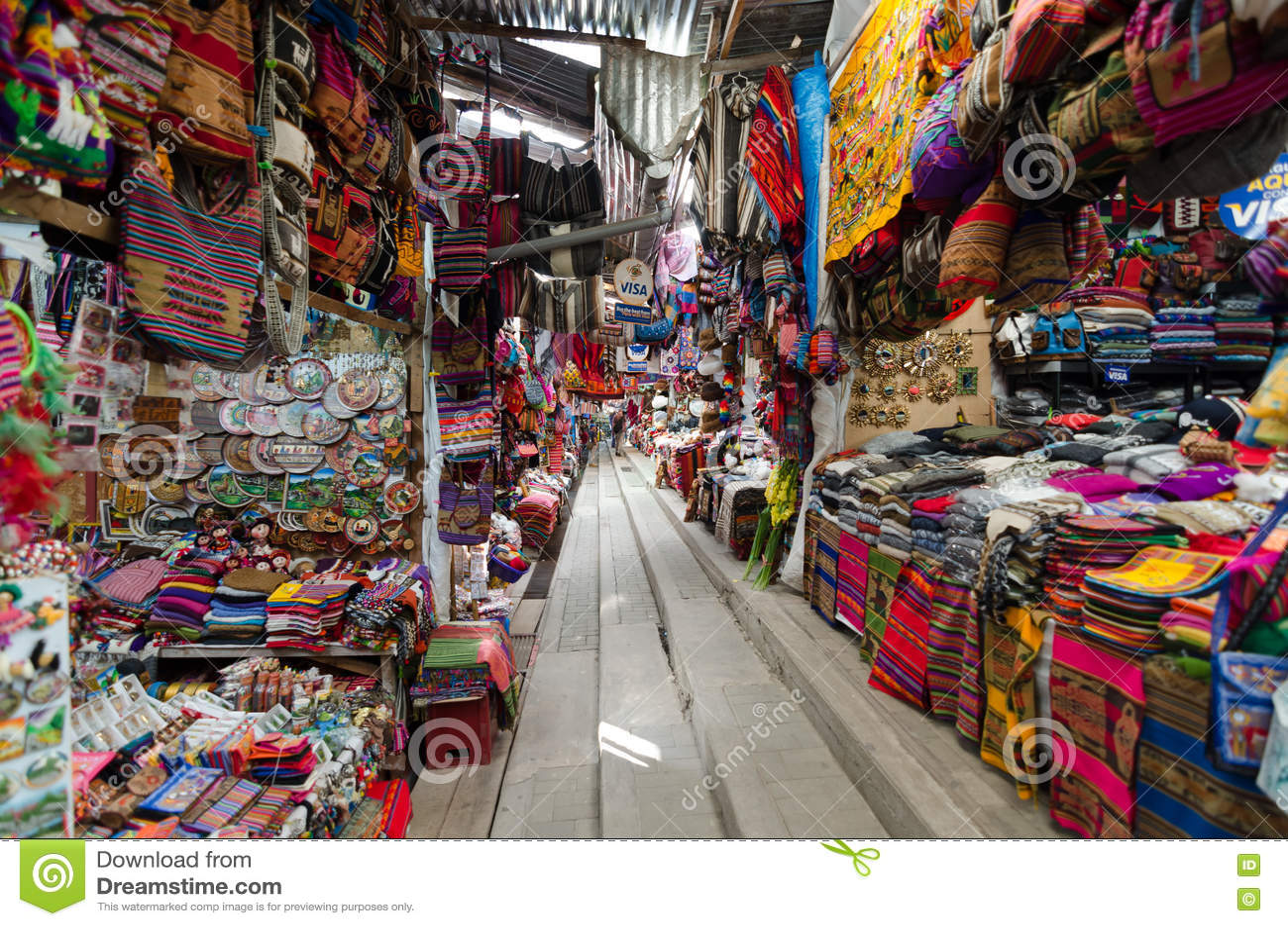 Αγορά Peruian στην πόλη Machu Picchu
