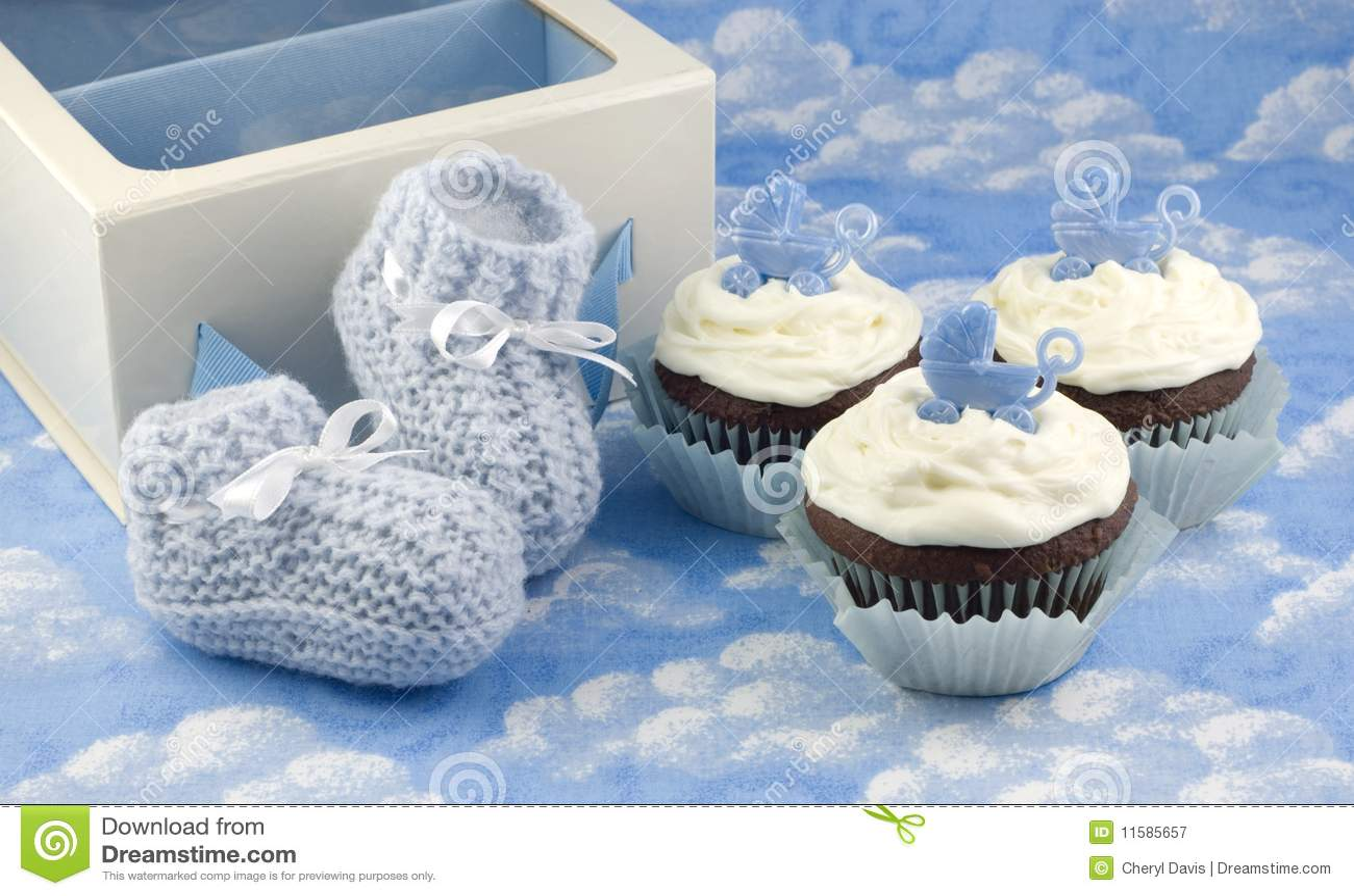 αγόρι λειών μωρών cupcakes
