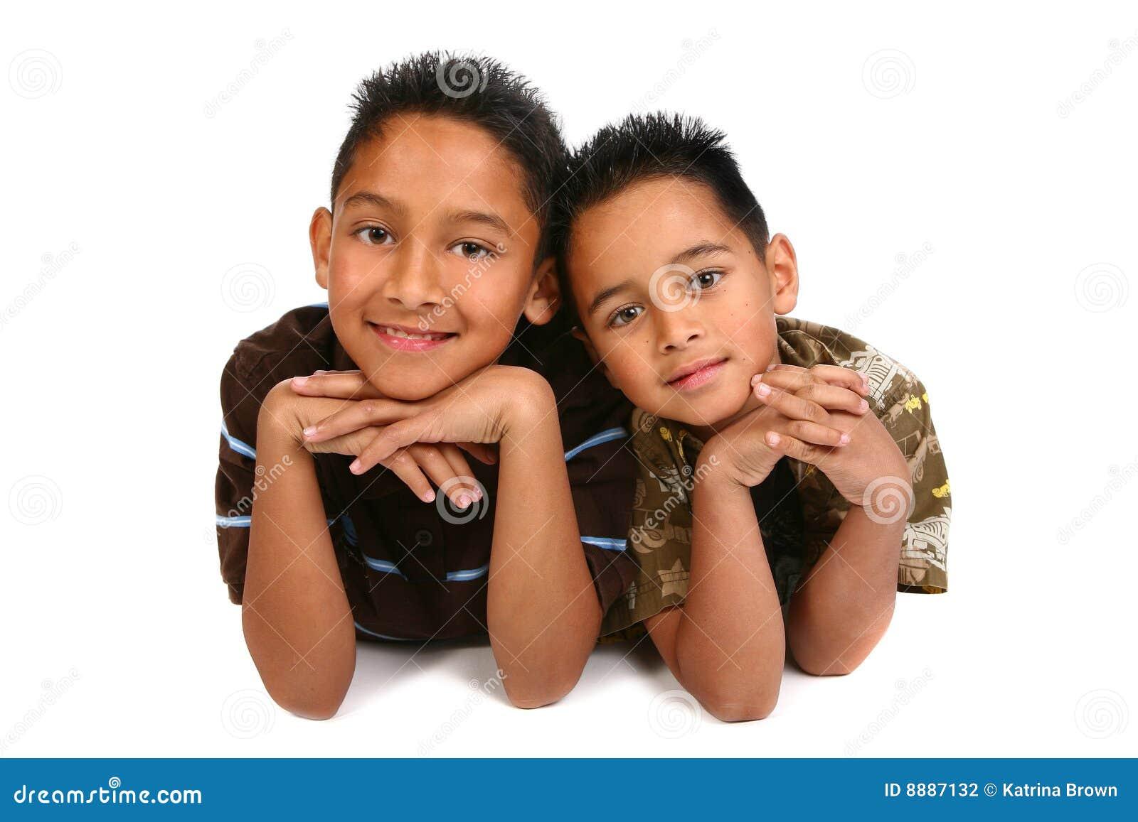 αδελφοί ισπανικοί χαμογ