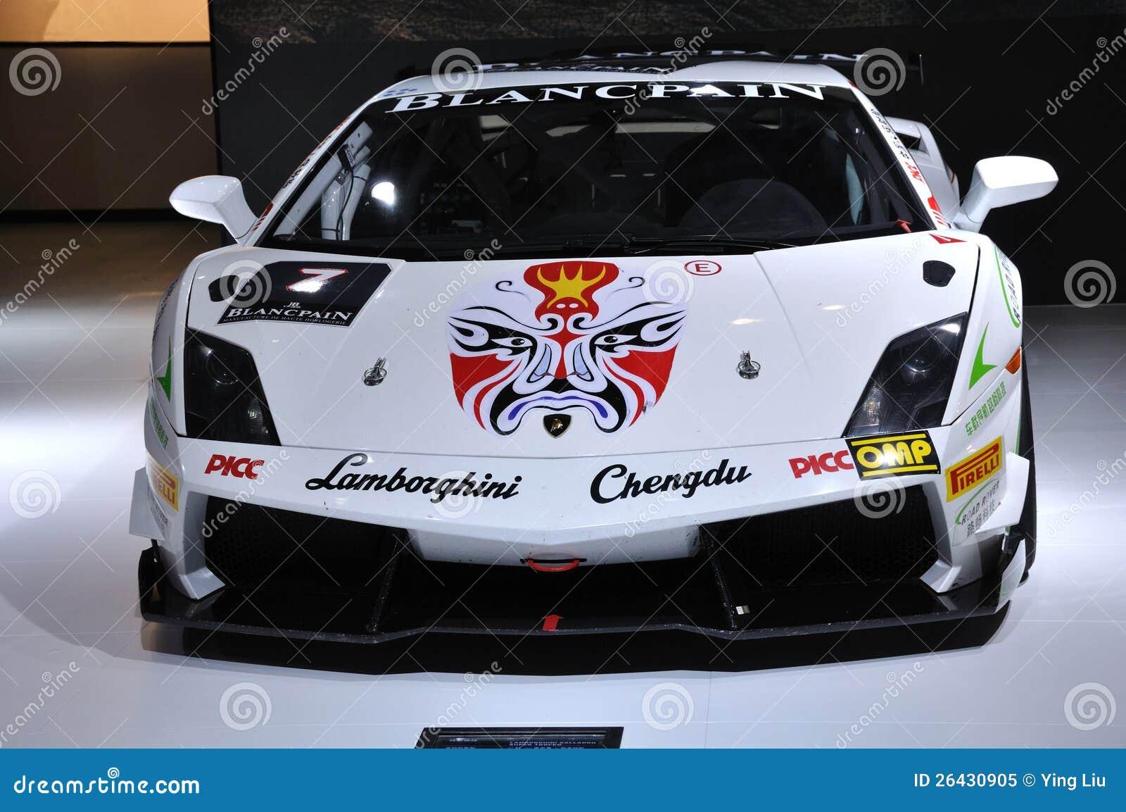 Αθλητικό αυτοκίνητο Lamborghini στο κινεζικό ύφος