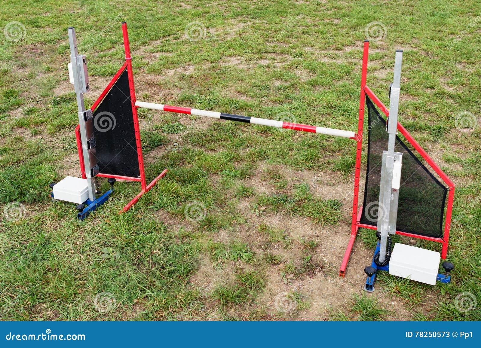 Αθλητικός ανταγωνισμός αγώνων κατοικίδιων ζώων εμποδίων άλματος ευκινησίας ενιαίος κανένας