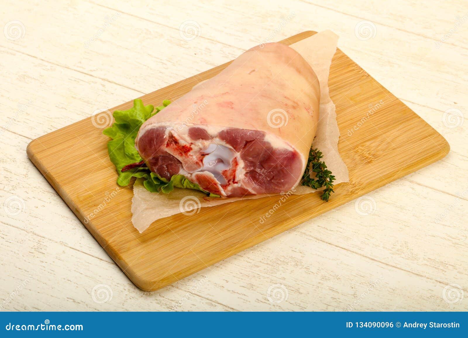 Ακατέργαστο γόνατο χοιρινού κρέατος