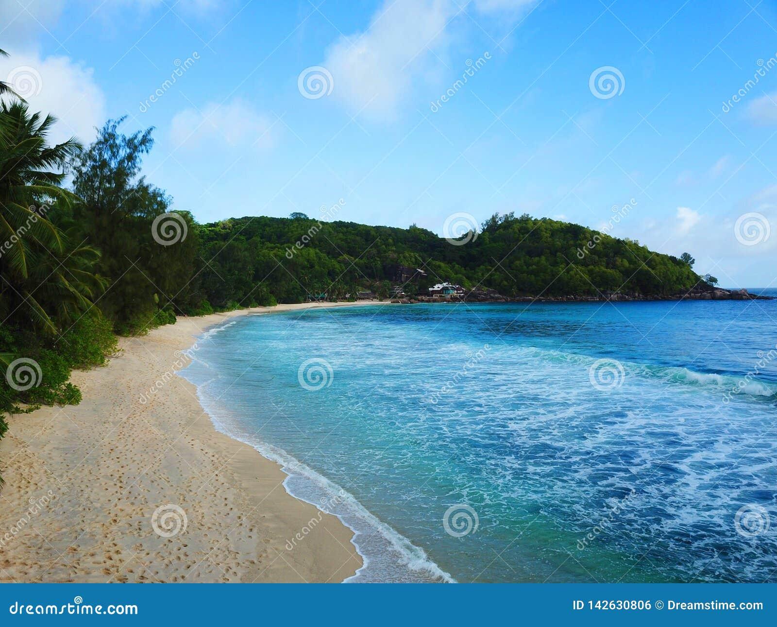 Ακτή Takamaka στις Σεϋχέλλες