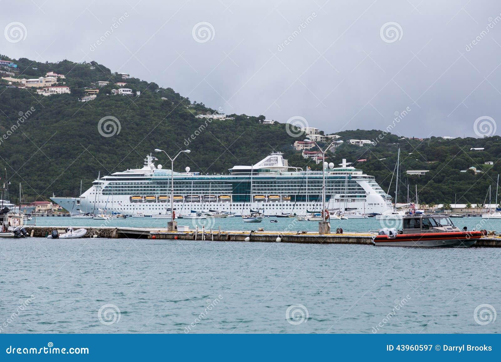 Ακτοφυλακή και κρουαζιερόπλοιο