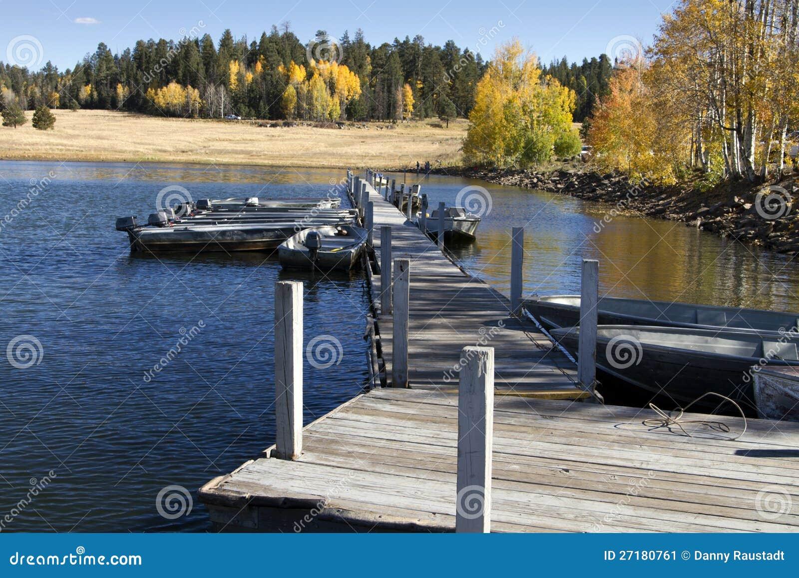 Αλιευτικά σκάφη και χρώματα πτώσης στην Αριζόνα