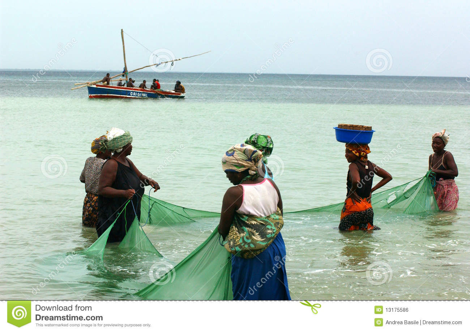 αλιεύοντας mosambique γυναίκες