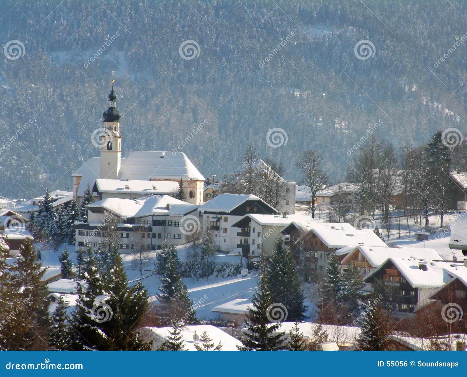 αλπική αυστριακή σκηνή εκκλησιών