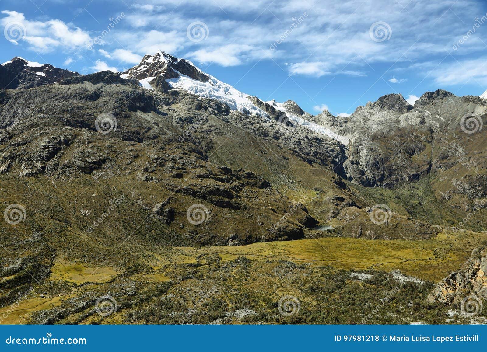 ΑΜ Chopicalqui από Laguna 69 ίχνος, Περού