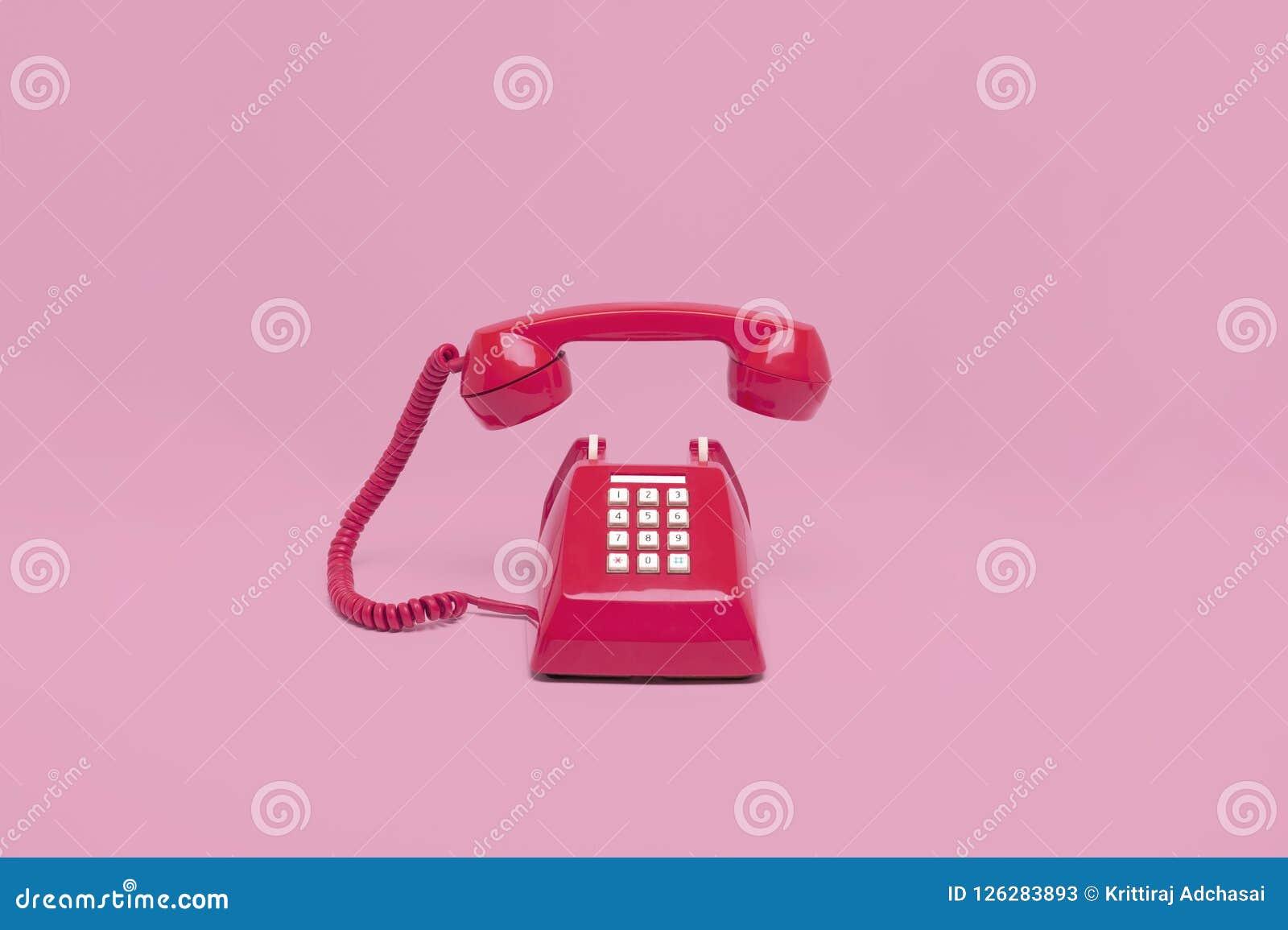 Αναδρομικό ρόδινο τηλέφωνο