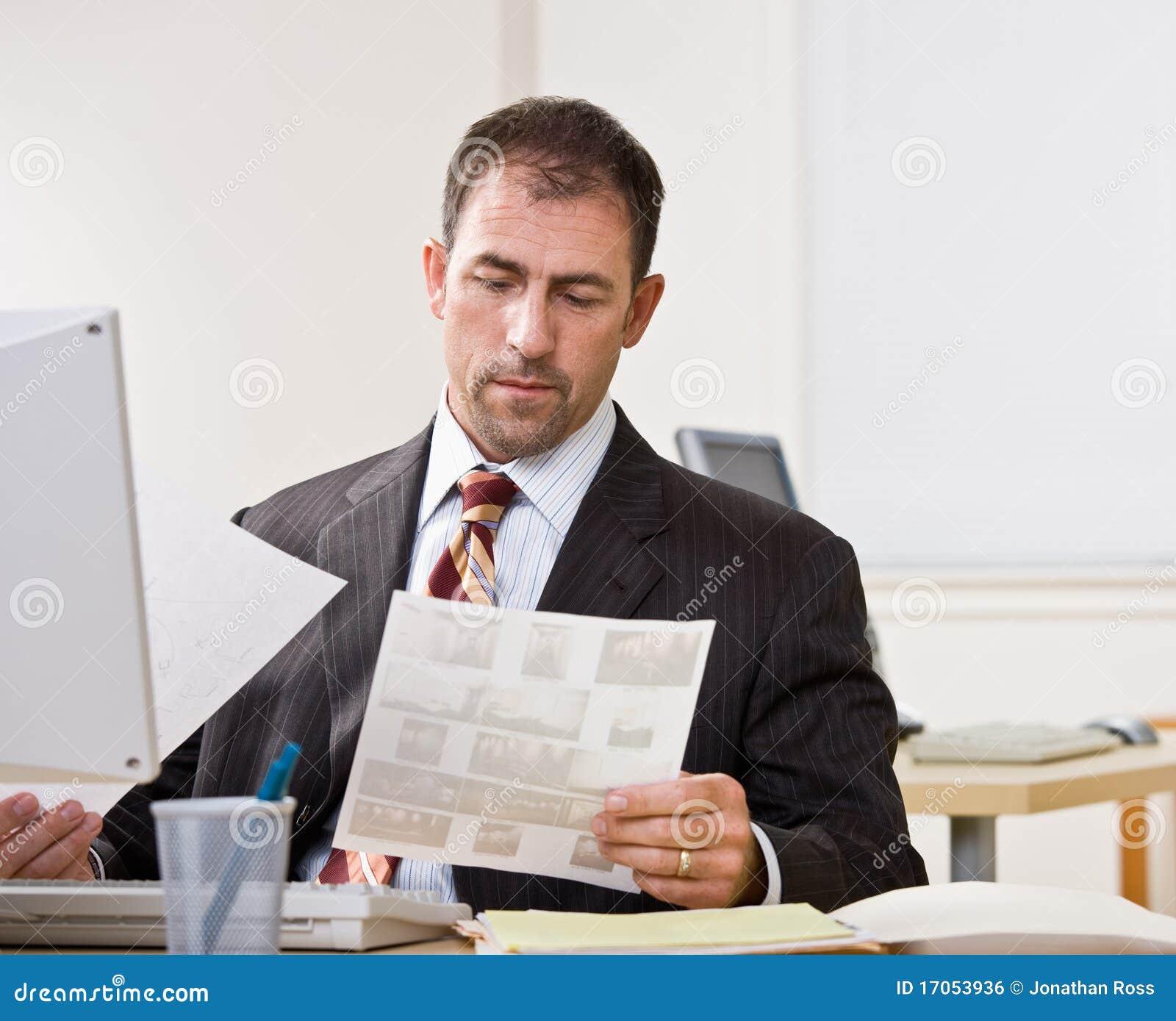 αναθεώρηση γραφικής εργ&alp