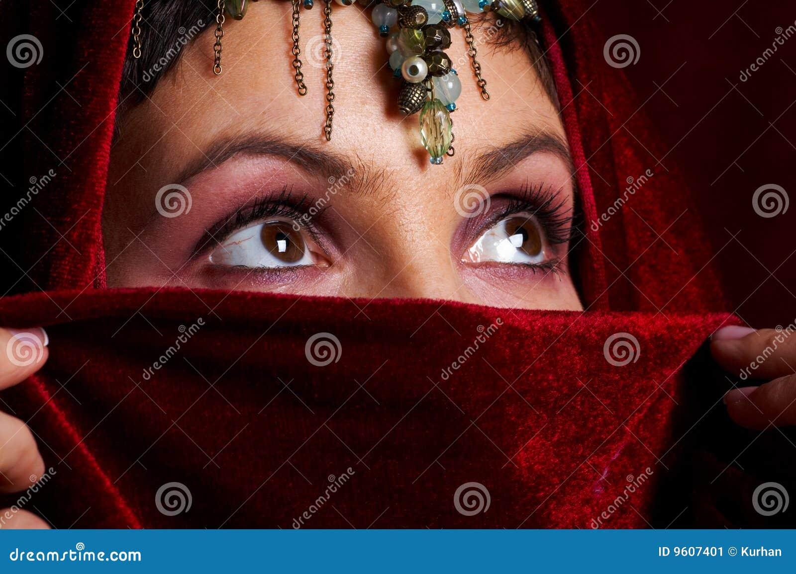 ανατολική μυστήρια γυναίκα
