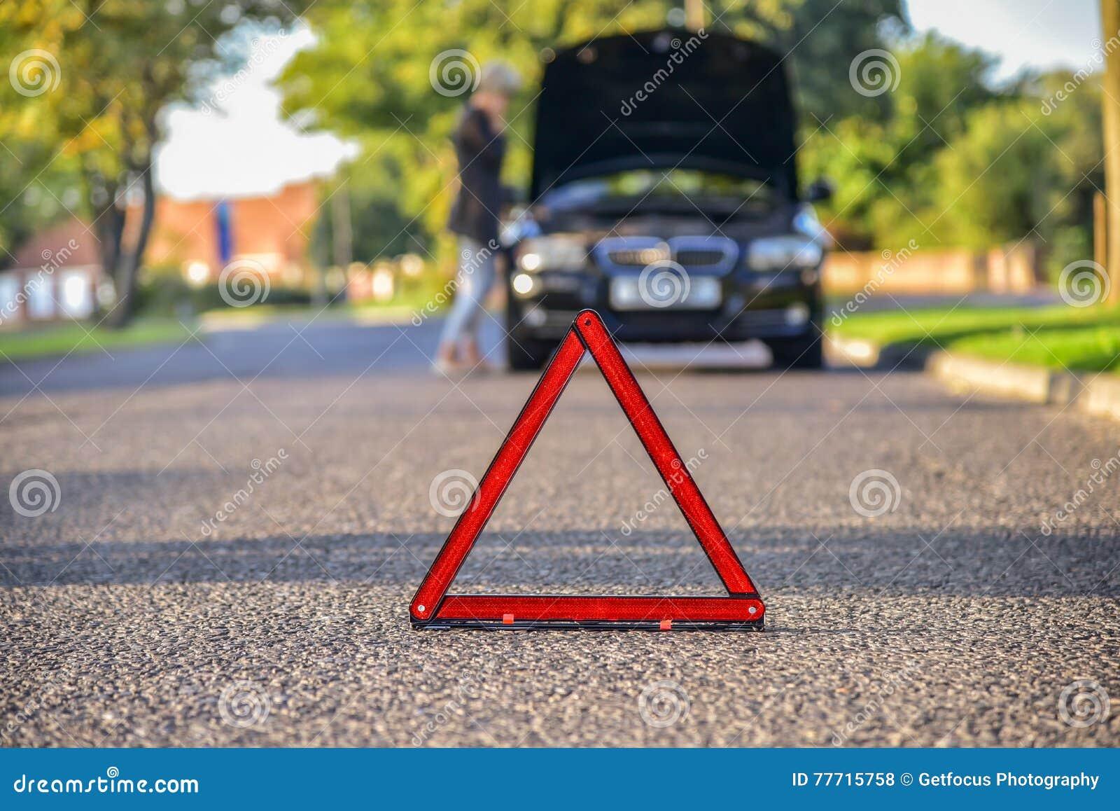 Αναλύω αυτοκίνητο στο δρόμο