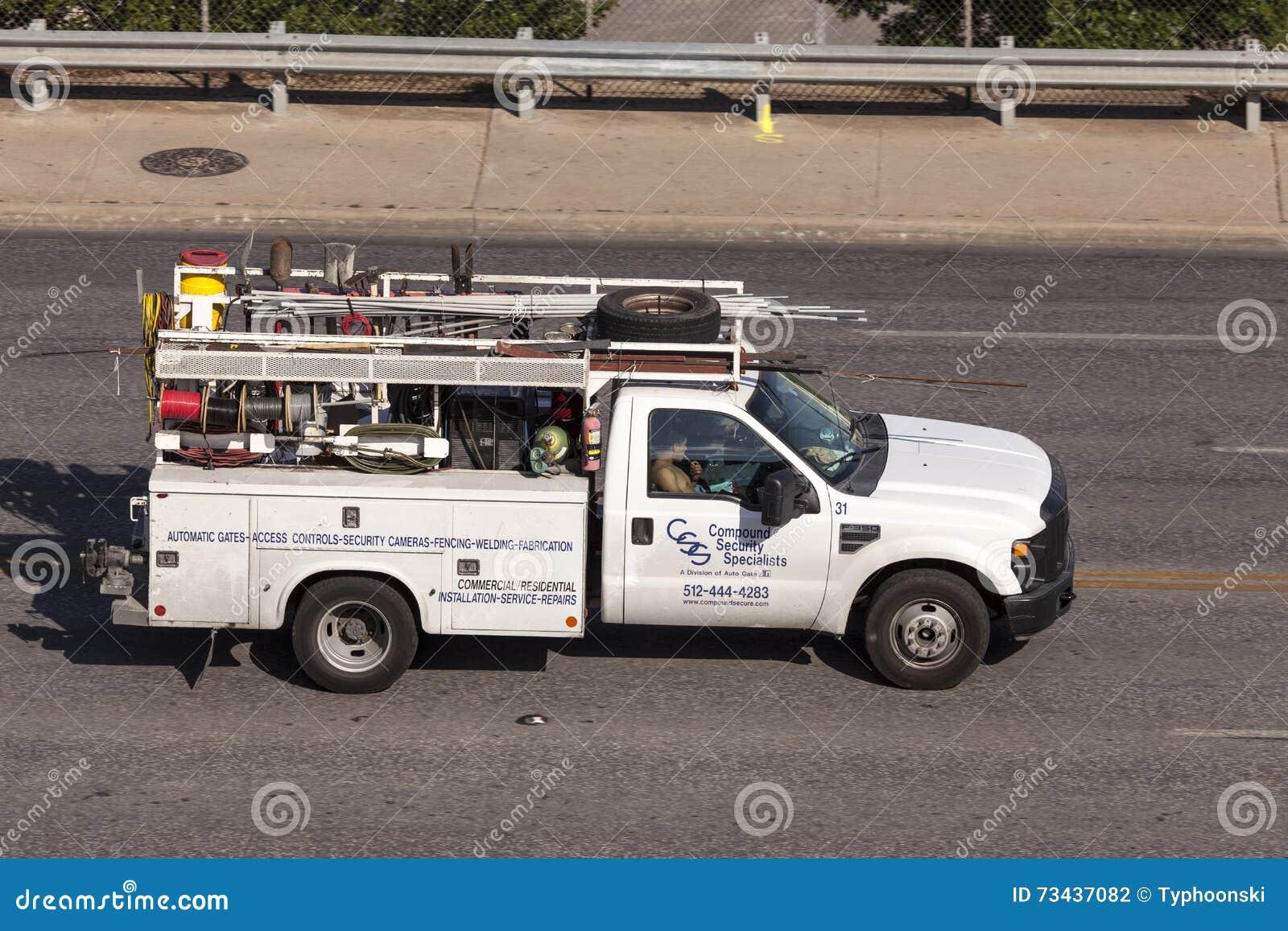 Ανοιχτό φορτηγό υδραυλικών στις Ηνωμένες Πολιτείες