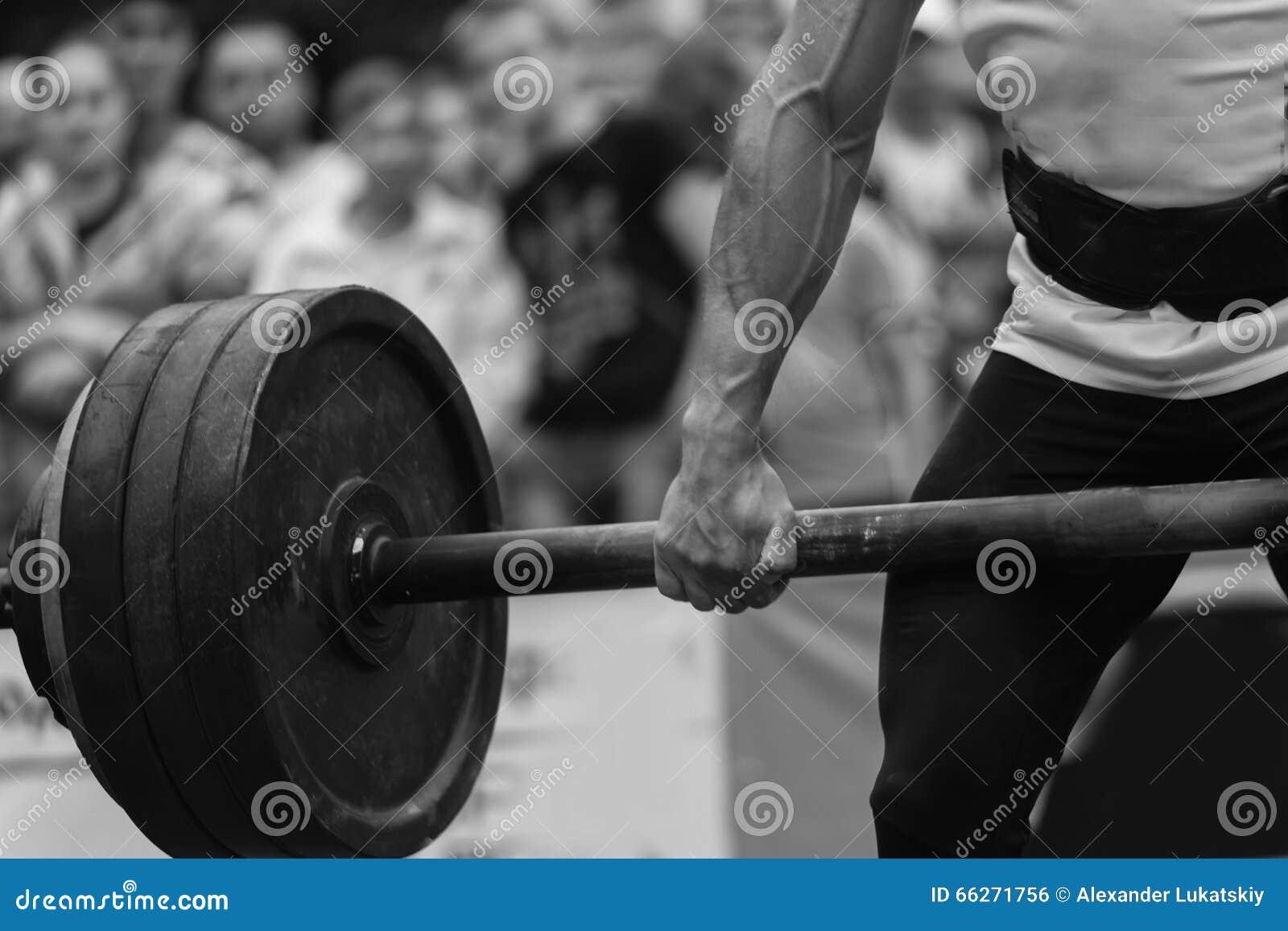 Ανταγωνισμοί Powerlifting στην οδό