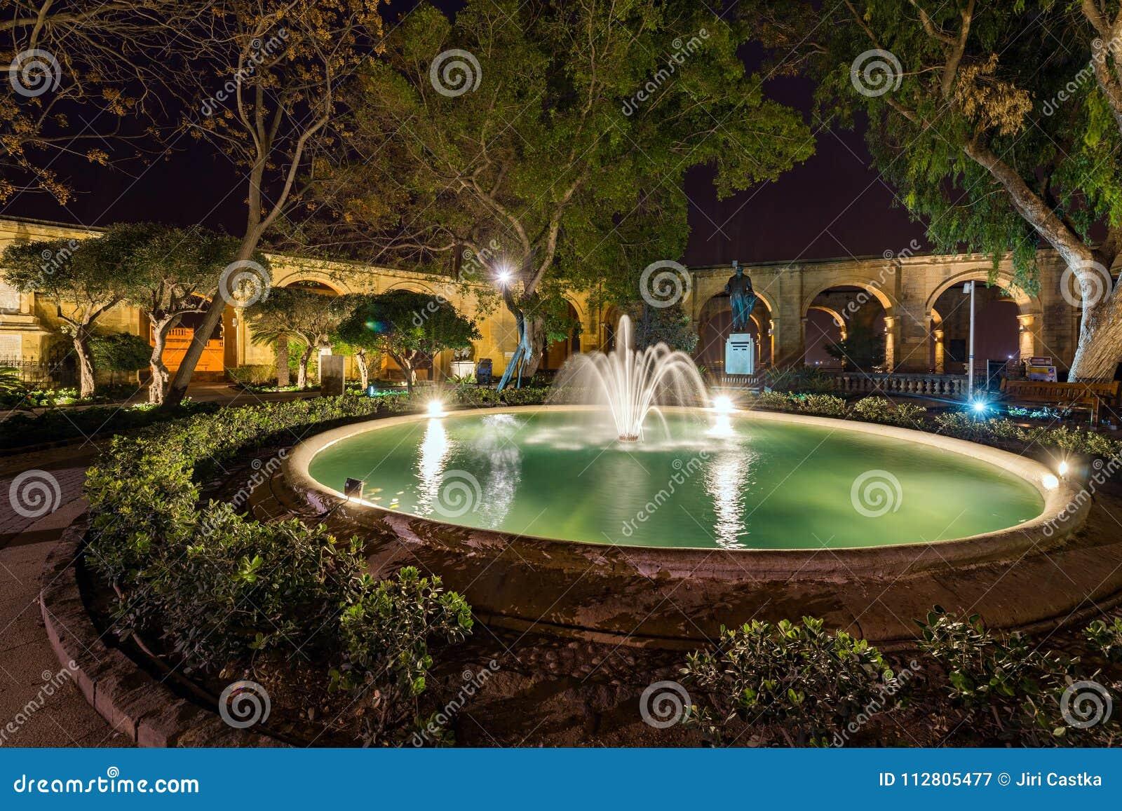 Ανώτεροι κήποι Barrakka, Valletta, Μάλτα
