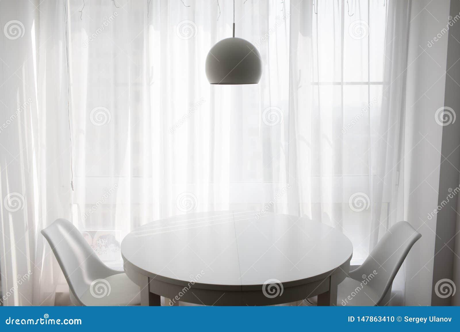 Απλό καθιστικό για τα άνετα βράδια